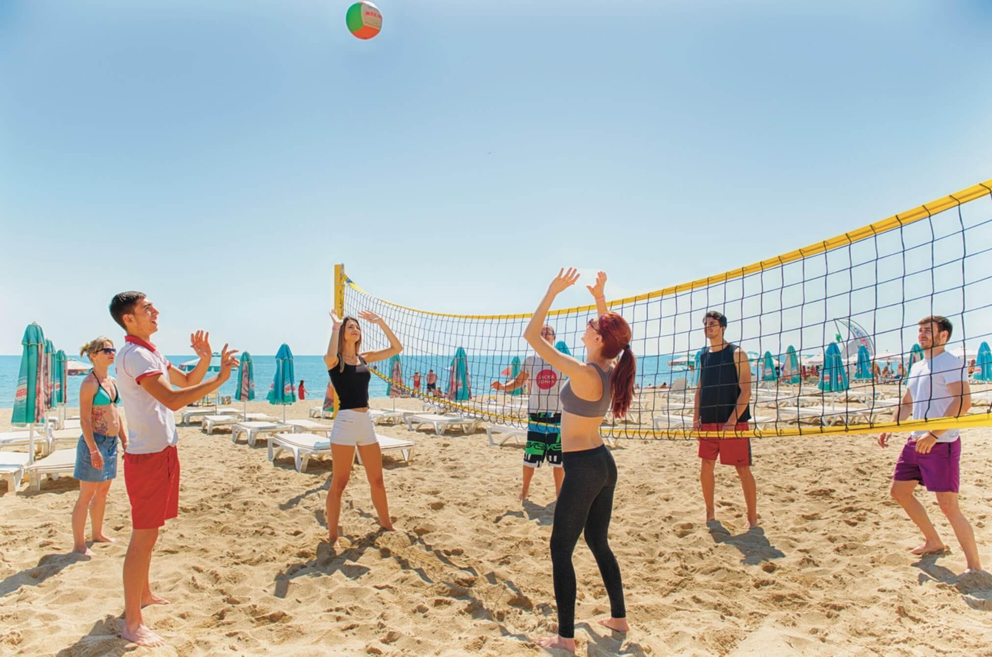 РИУ Хелиос Бей - плажен волейбол