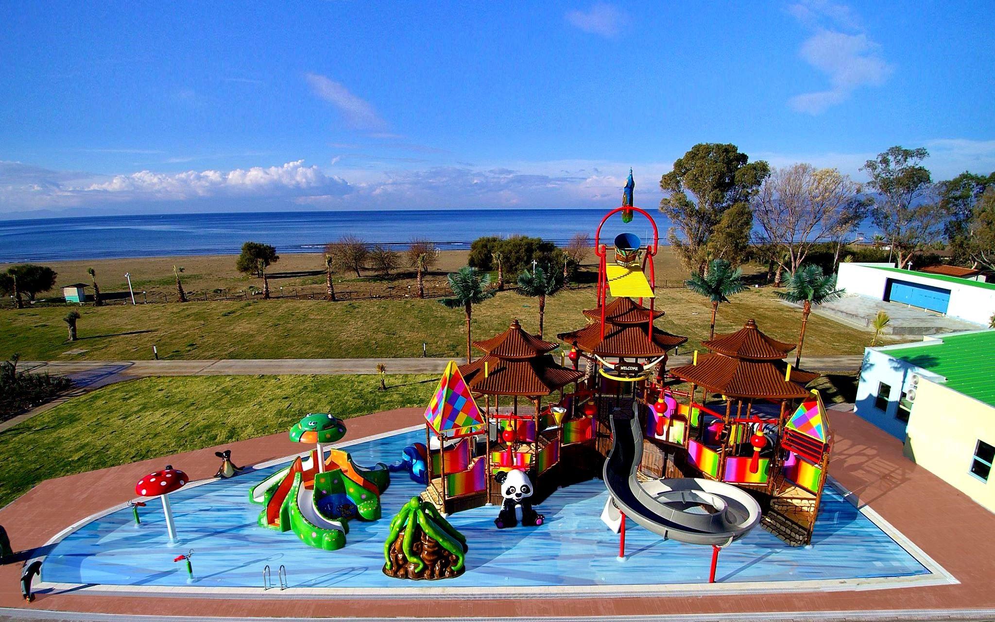 KoruMar Ephesus Beach & Spa Resort - детски пързалки