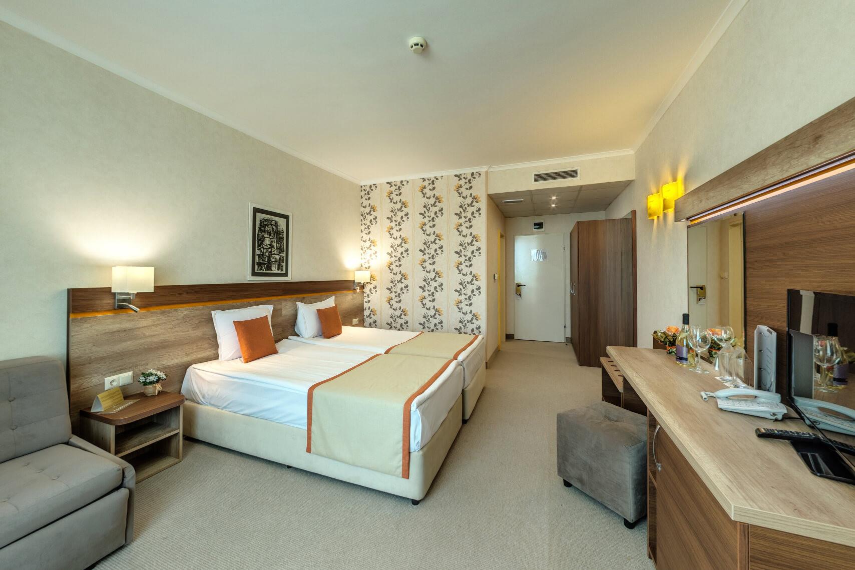 Хотел Феста Панорама - двойна стая