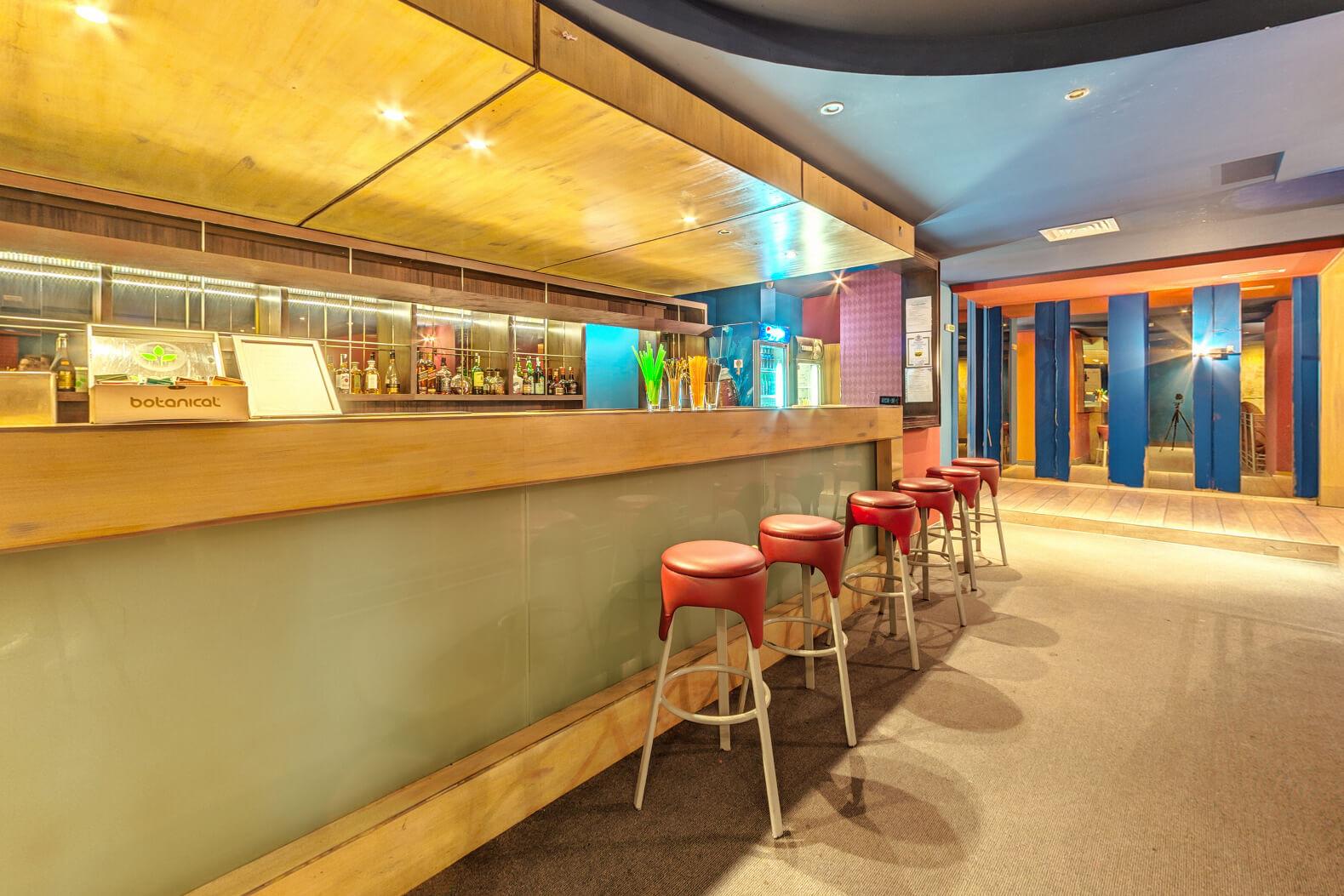 Хотел Феста Панорама - нощен бар