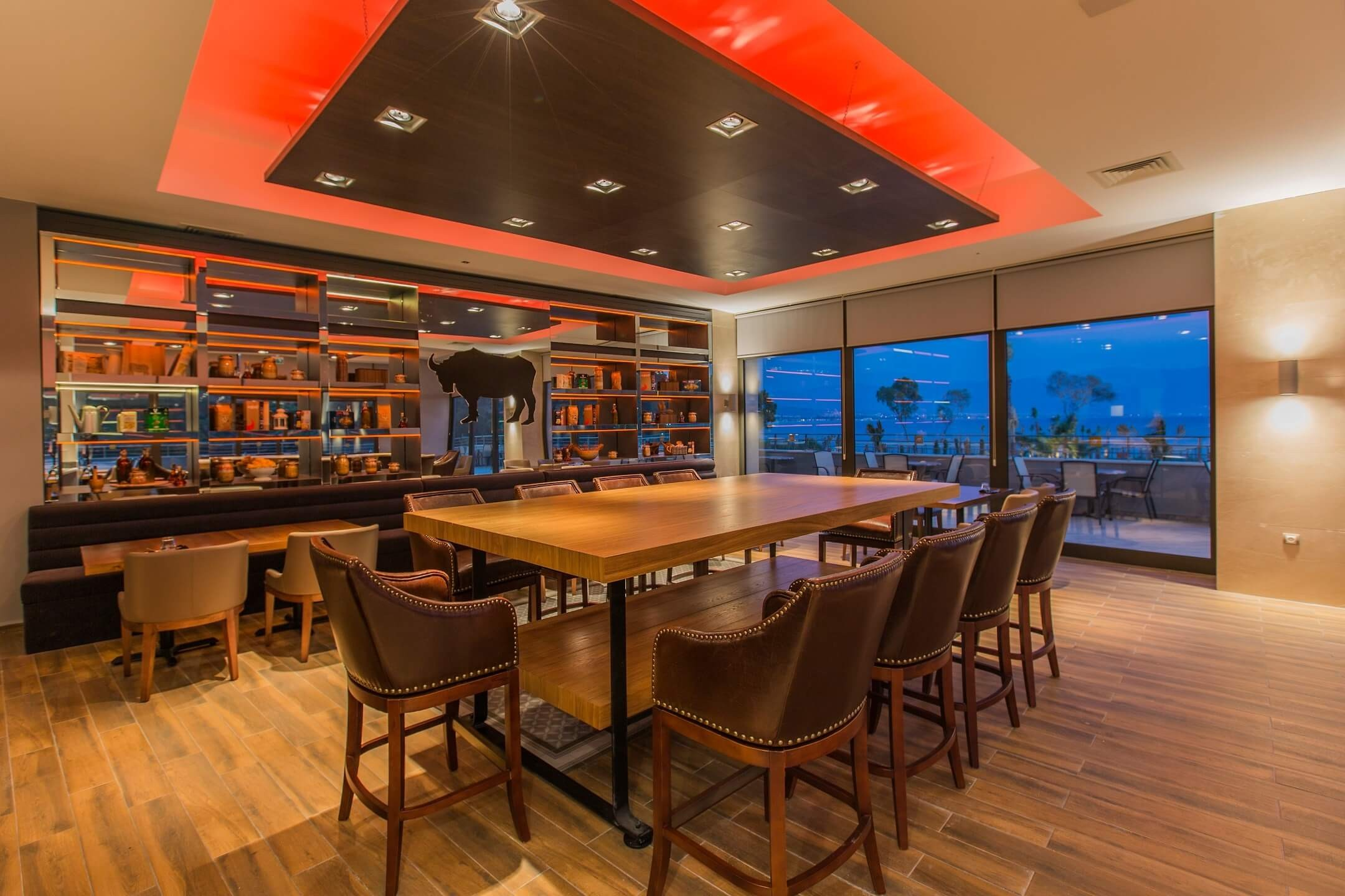 Amara Sealight Hotel - бар