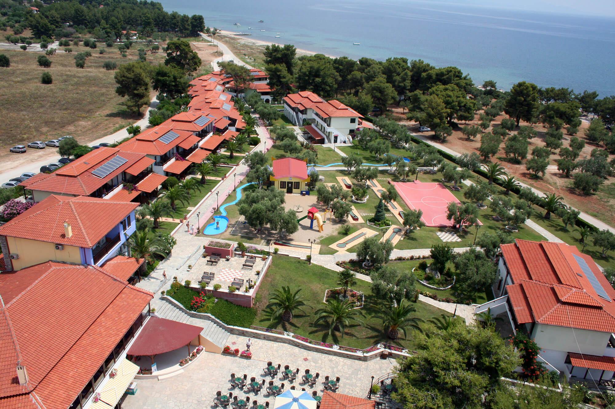 Blue Dolphin Hotel - общ изглед