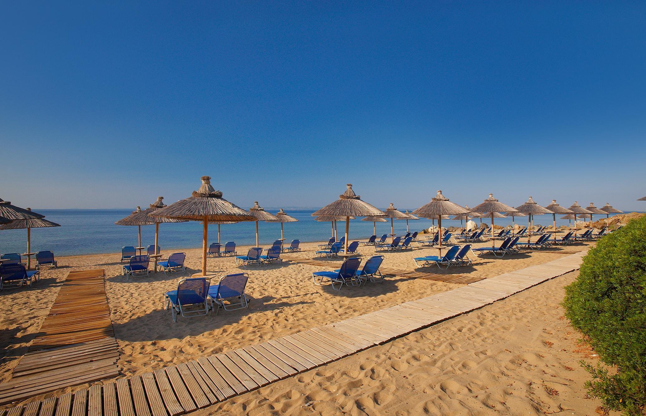 Blue Dolphin Hotel - плаж