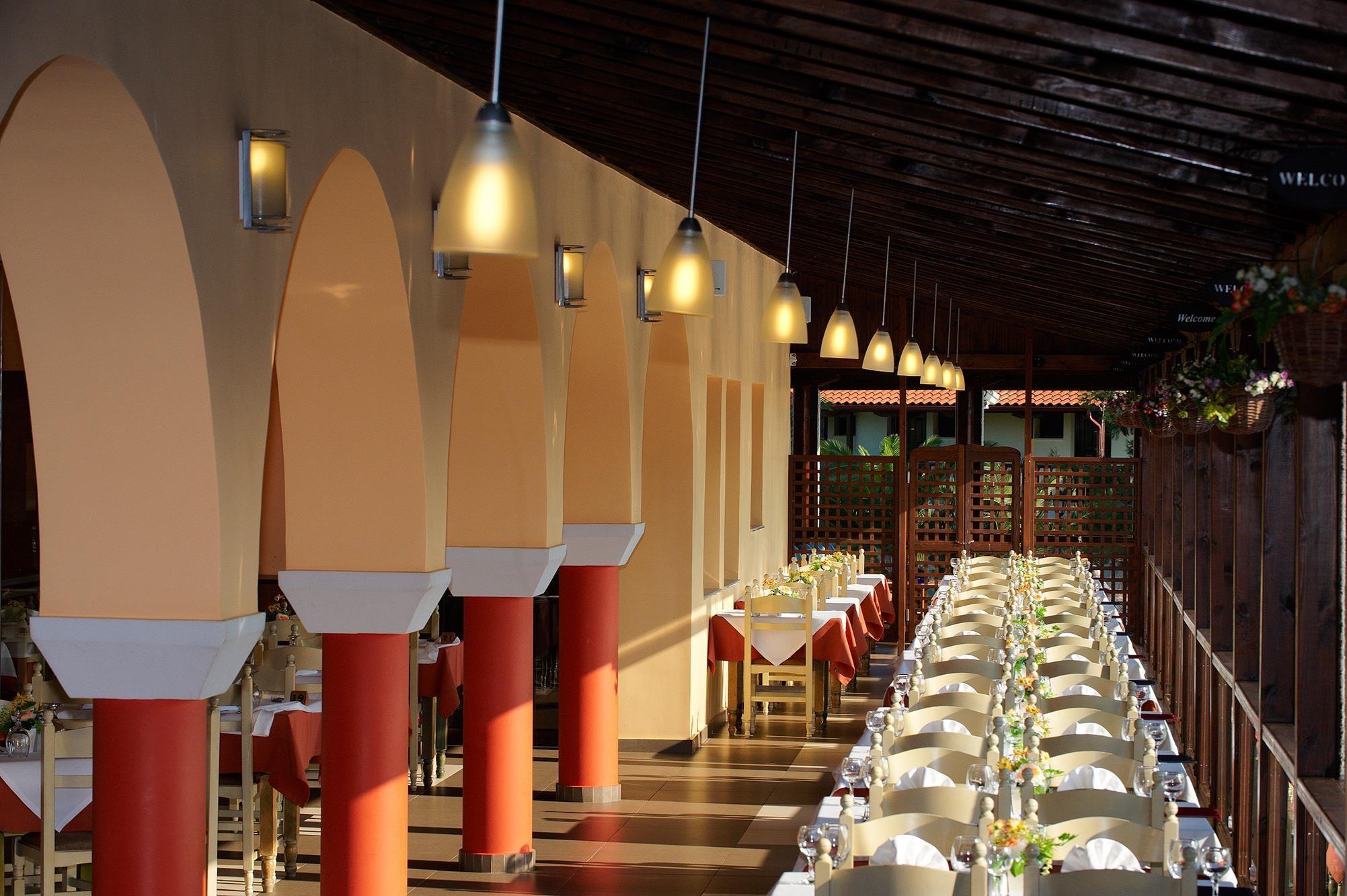 Blue Dolphin Hotel - ресторант