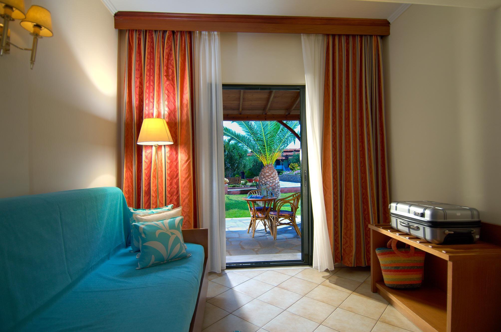 Blue Dolphin Hotel - стая