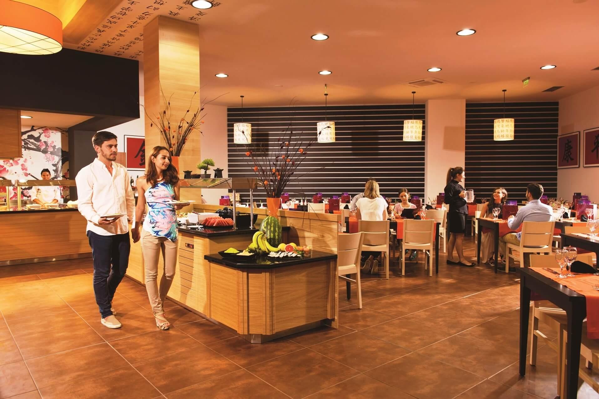 РИУ Хелиос Парадайс - азиатски ресторант