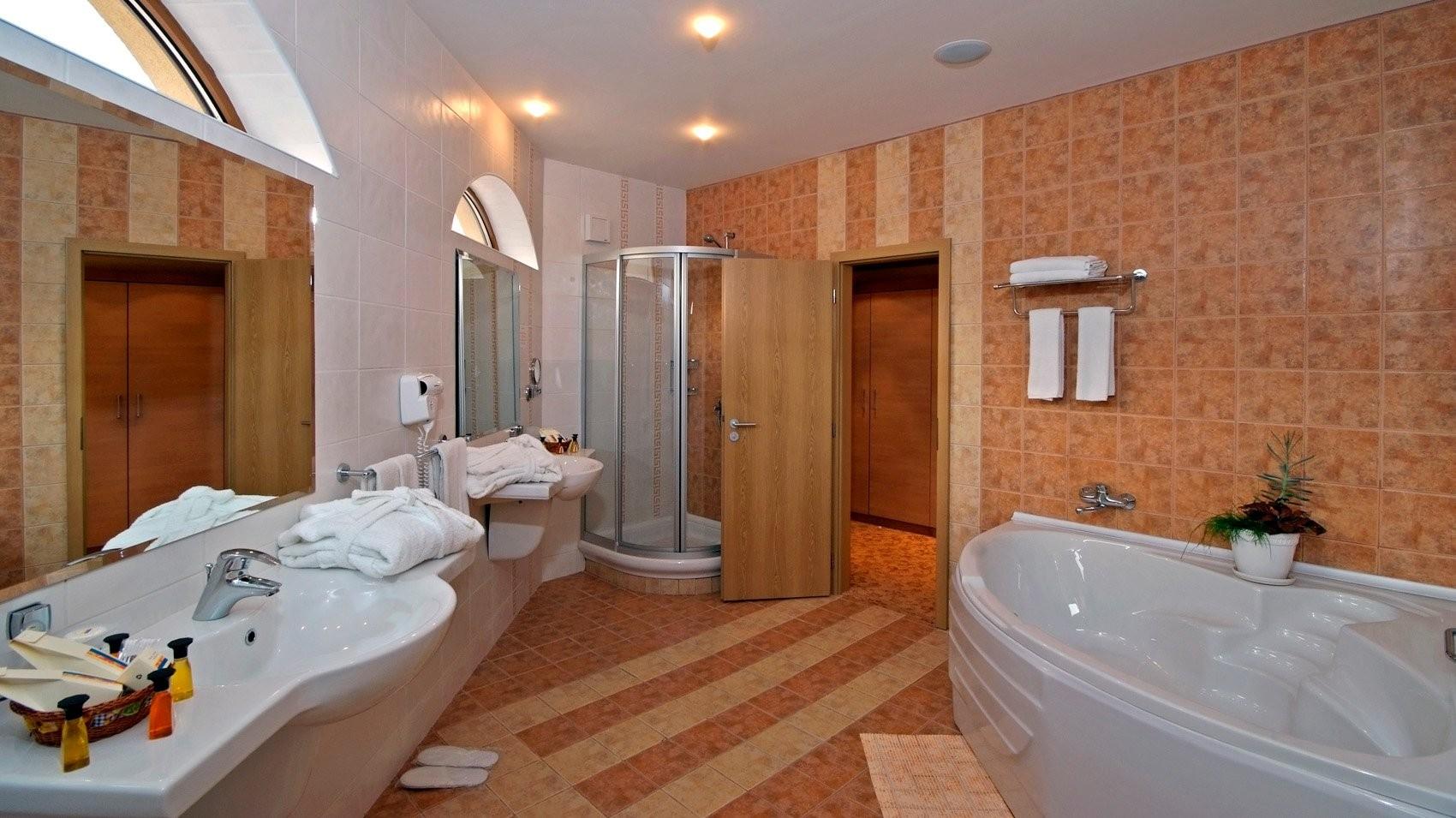 Хотел Сол Несебър Палас - баня