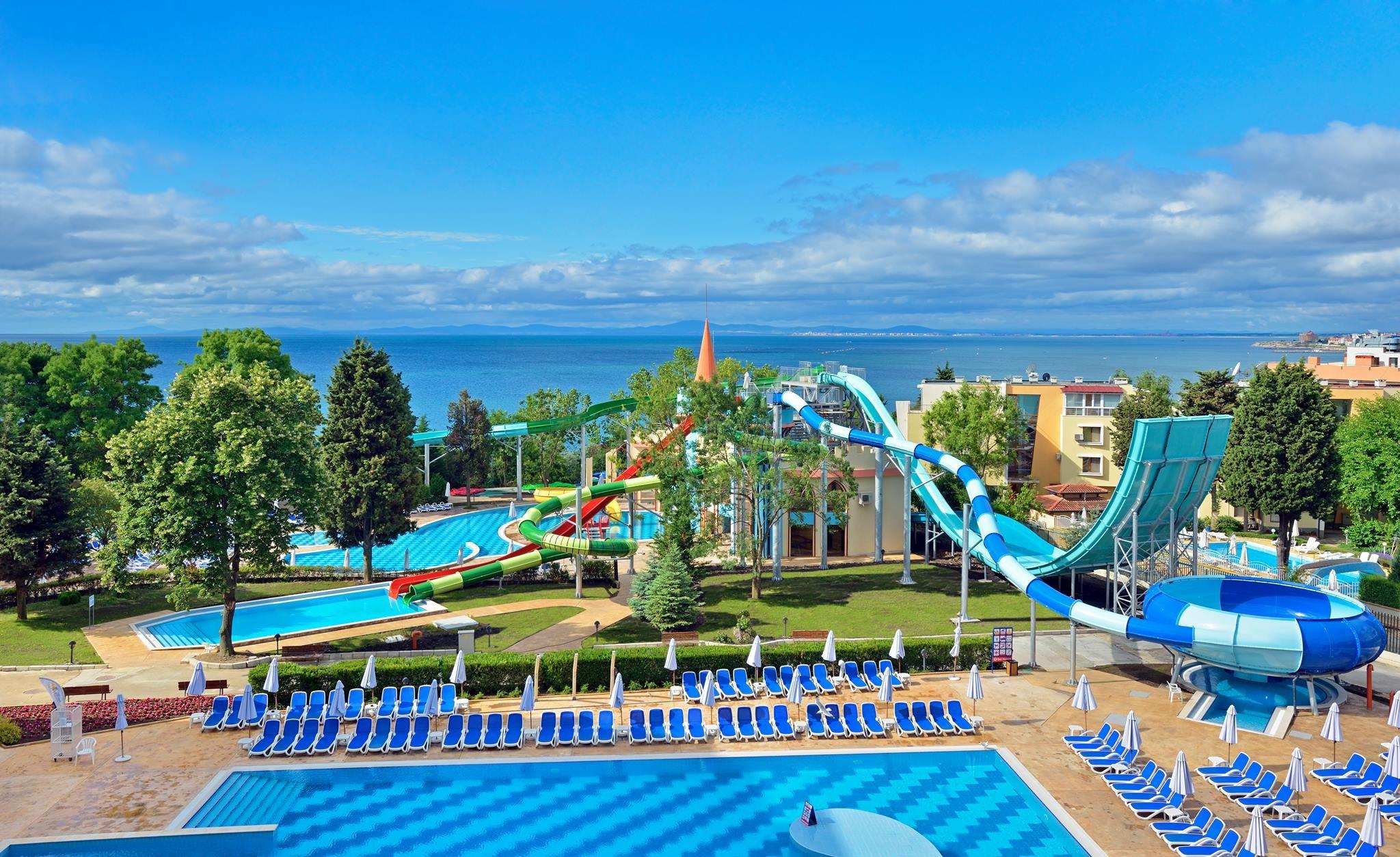 Хотели Сол Несебър Бей и Маре - аквапарк