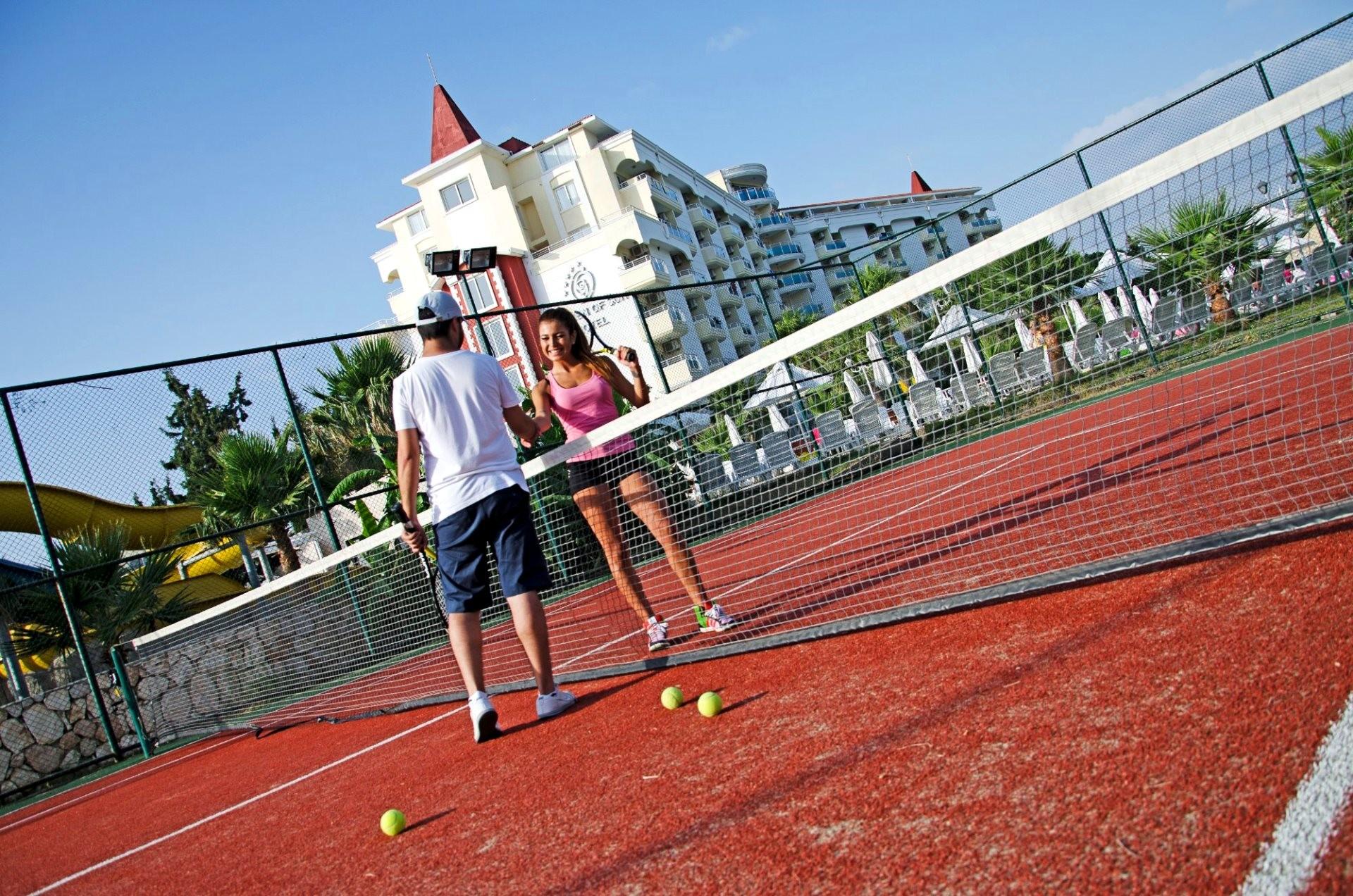 Garden of Sun - тенис