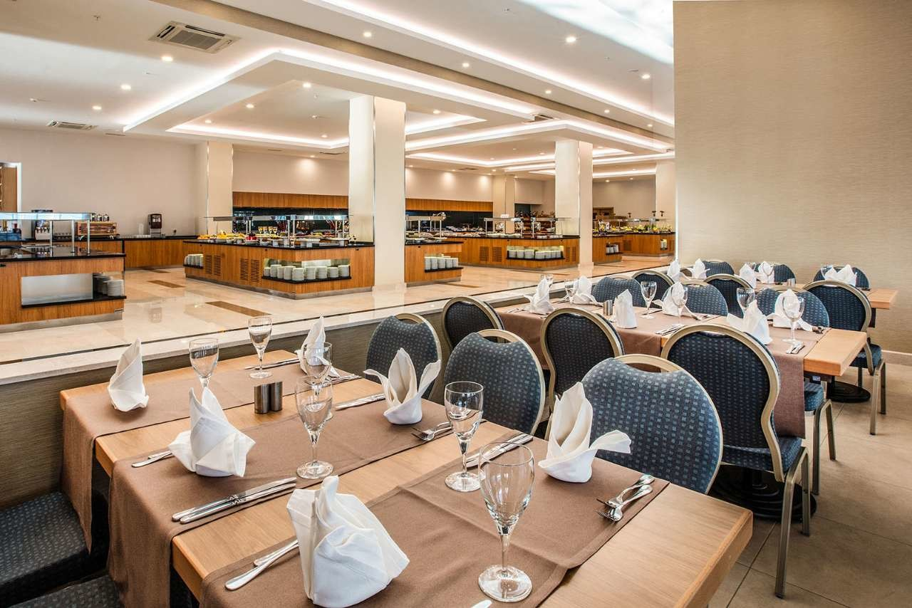 KoruMar Ephesus Beach & Spa Resort - ресторант