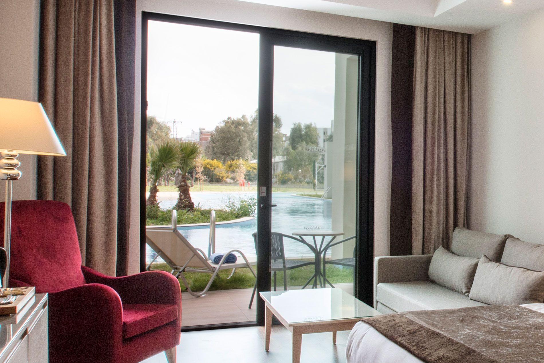 KoruMar Ephesus Beach & Spa Resort - swim up стая