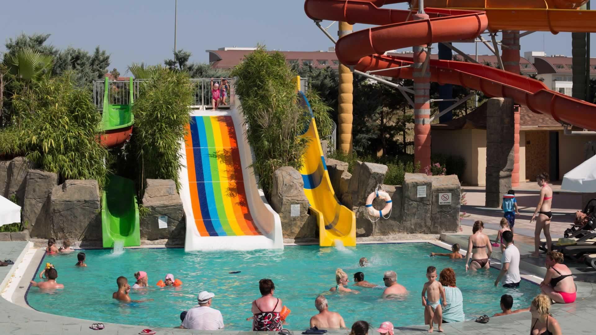ROYAL DRAGON HOTEL 5* - аквапарк