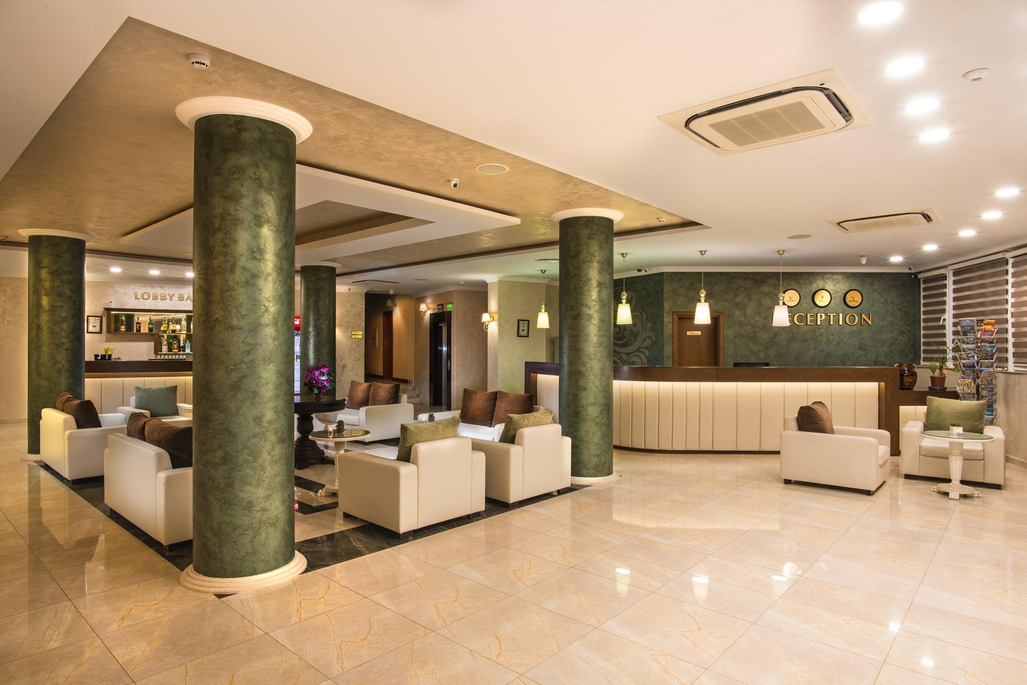 Хотел Мирамар - рецепция