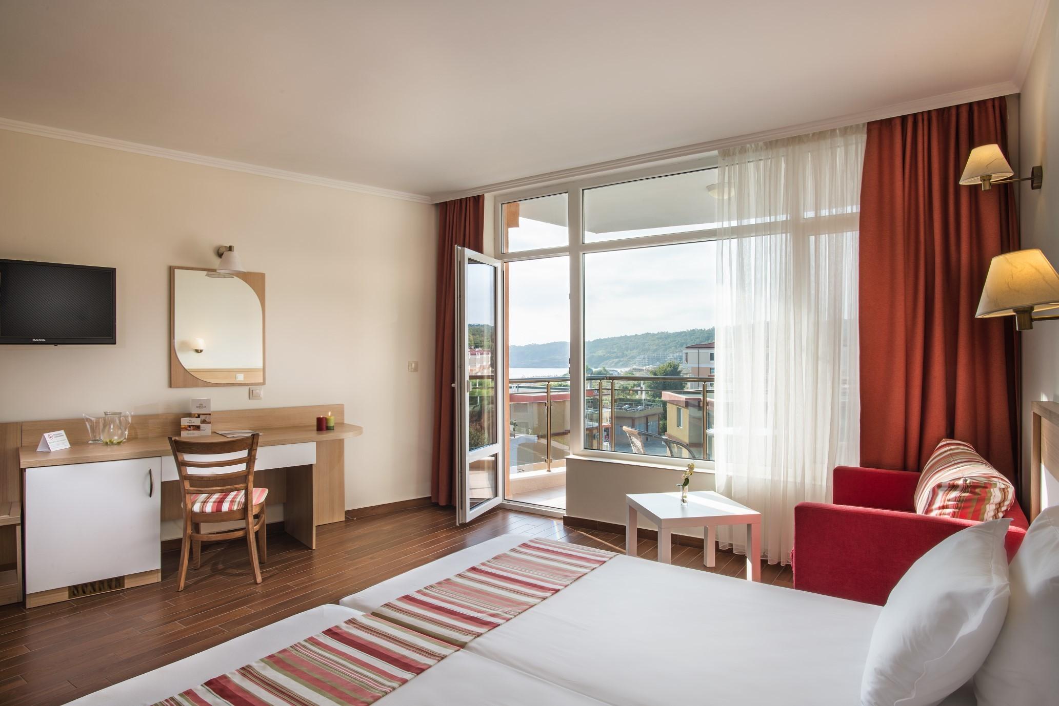 Хотел Мирамар - двойна стая