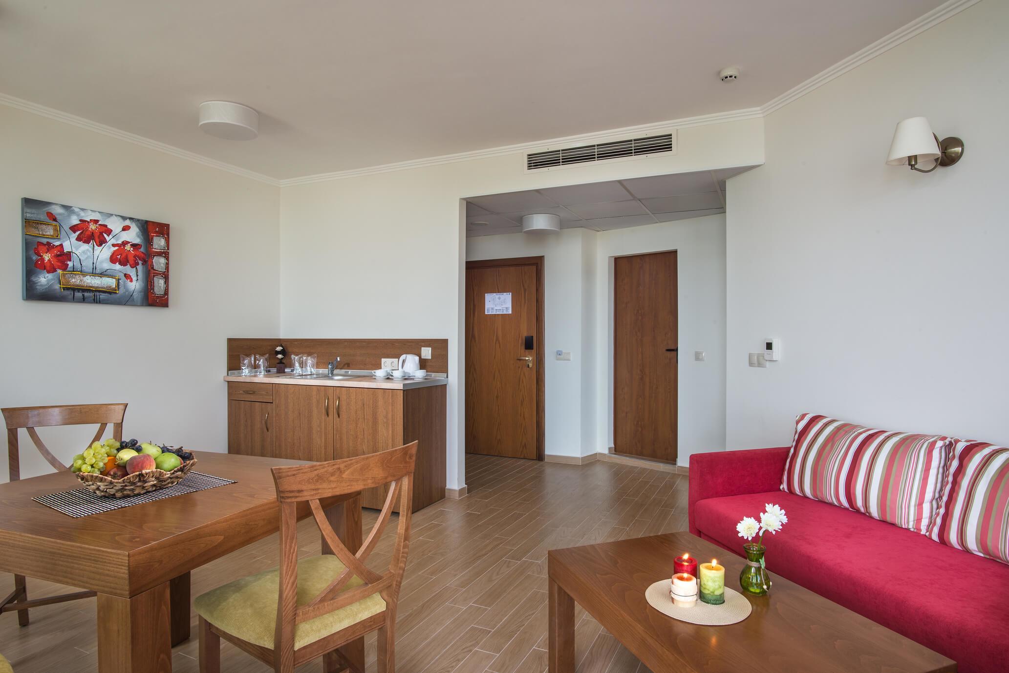 Хотел Мирамар - апартамент