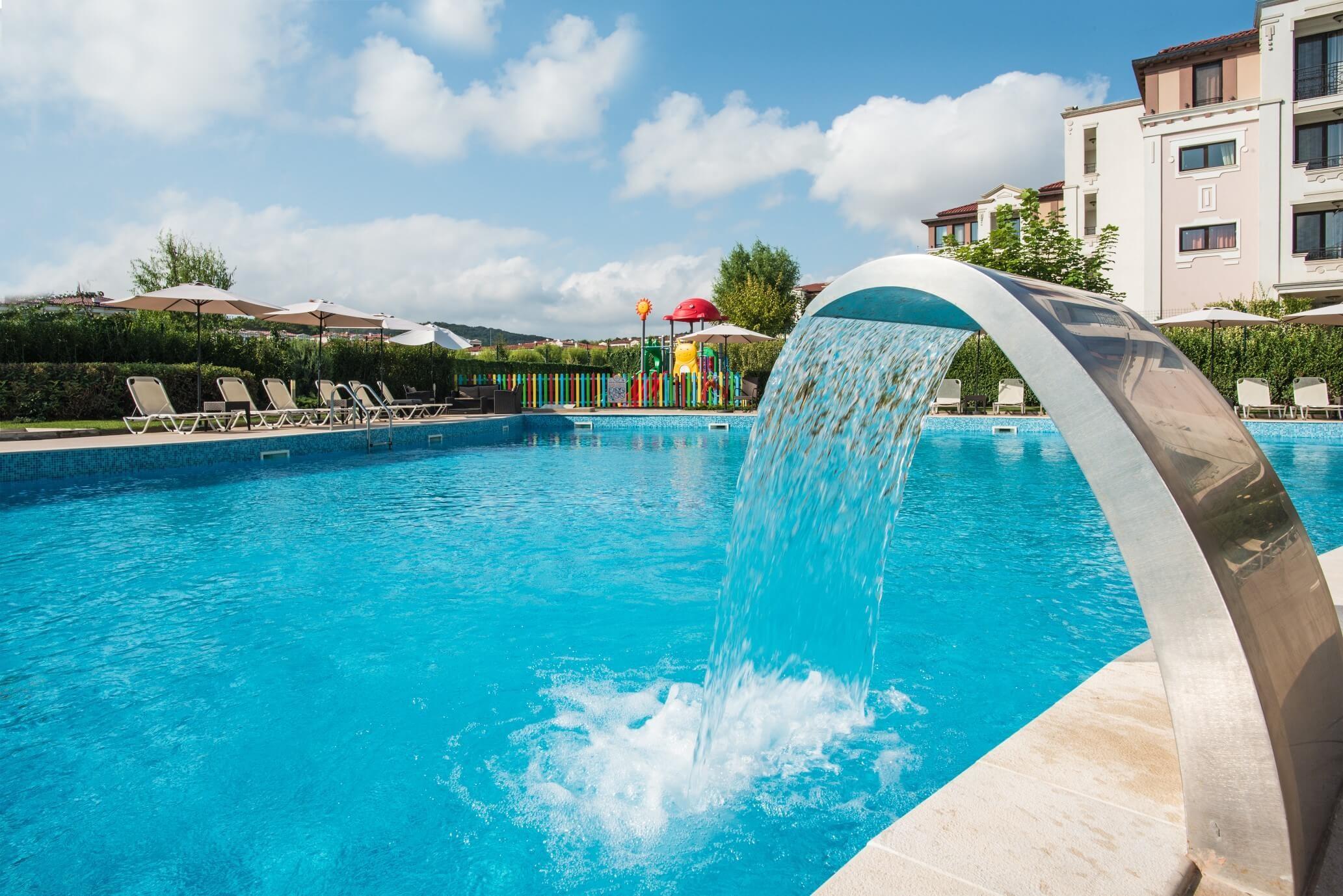 Хотел Мирамар - басейн
