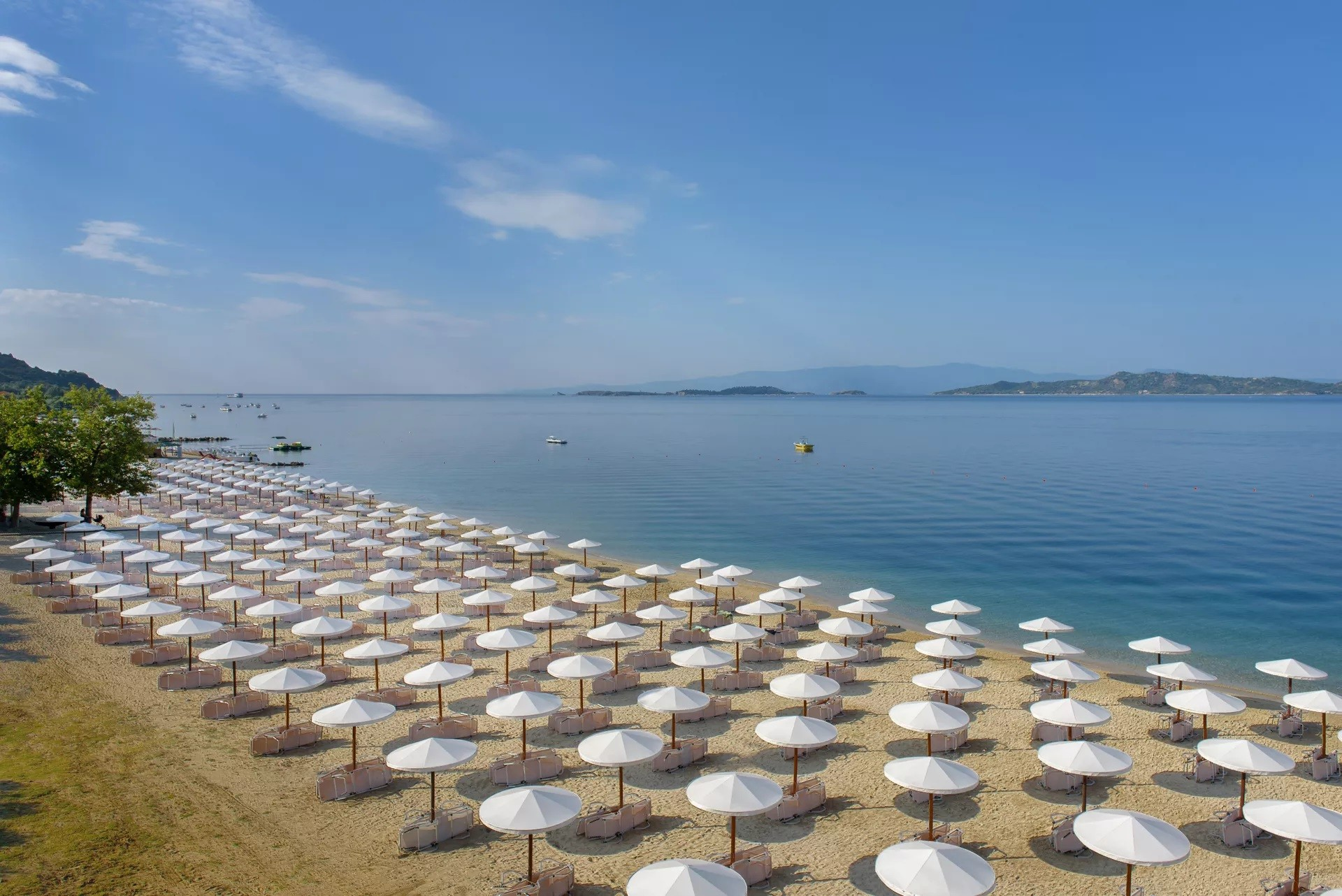 Akrathos Hotel - плаж