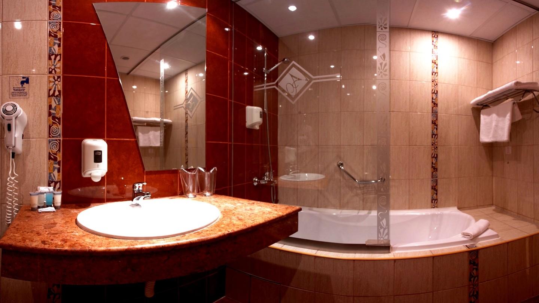 Атлас - баня