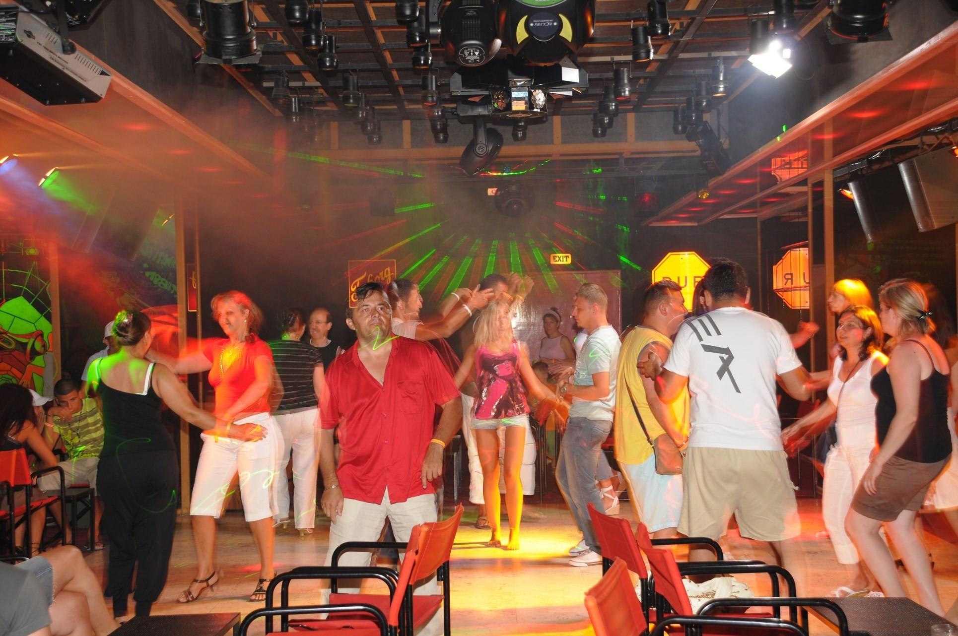 Club Hotel Grand Efe - дискотека