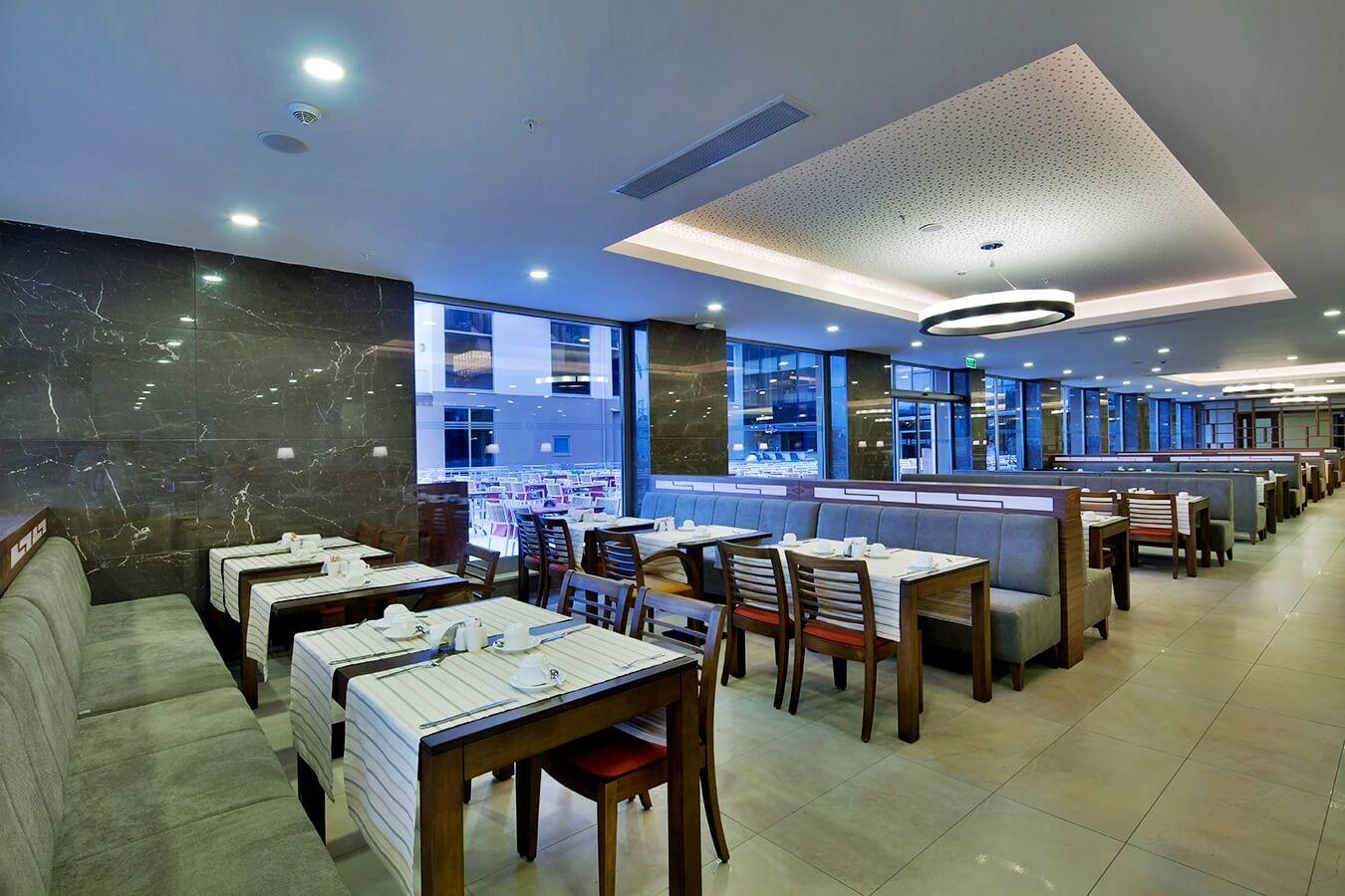 Рамада Голф - ресторант