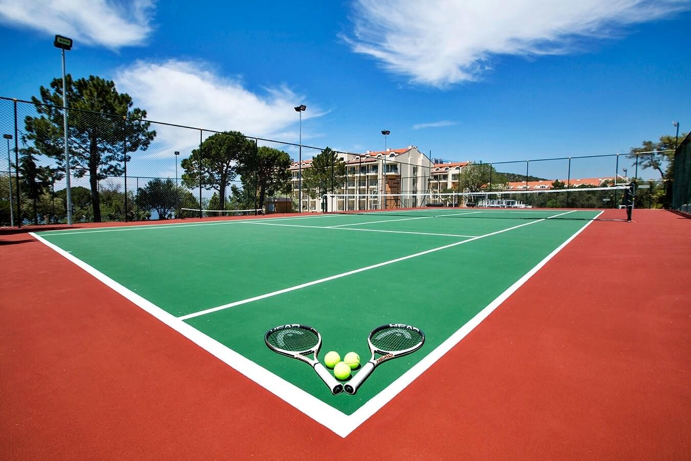 Рамада Голф - тенис