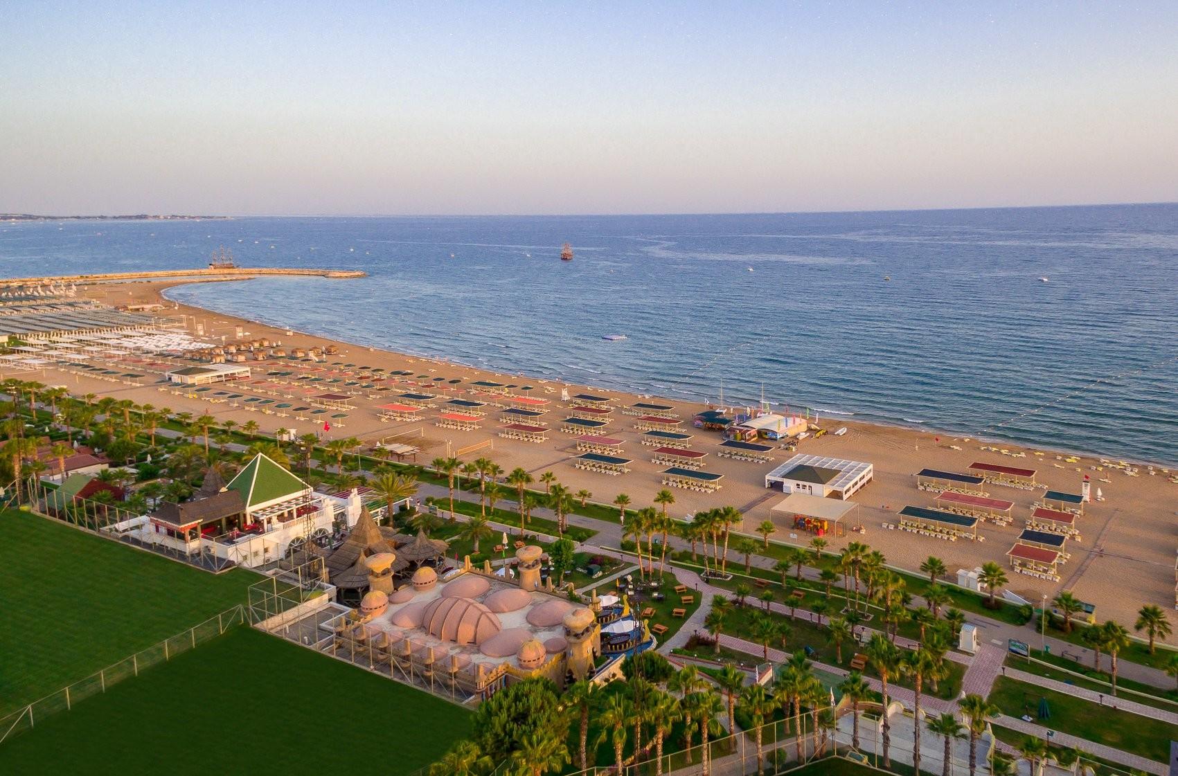 Kamelya Collection K Club - плаж