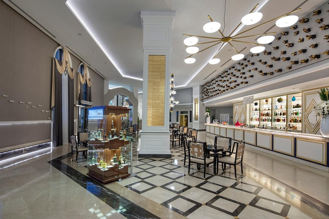 Granada Luxury Belek - лоби бар