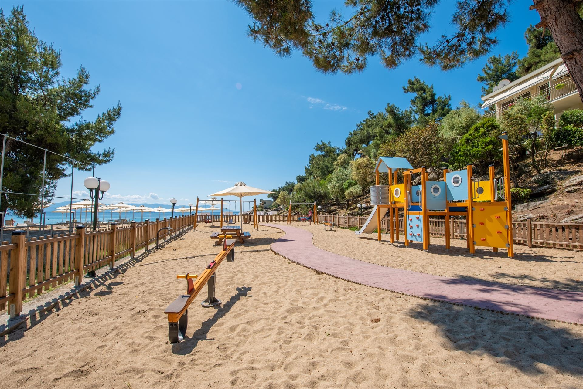 Tosca Beach Bungalows 4* плаж