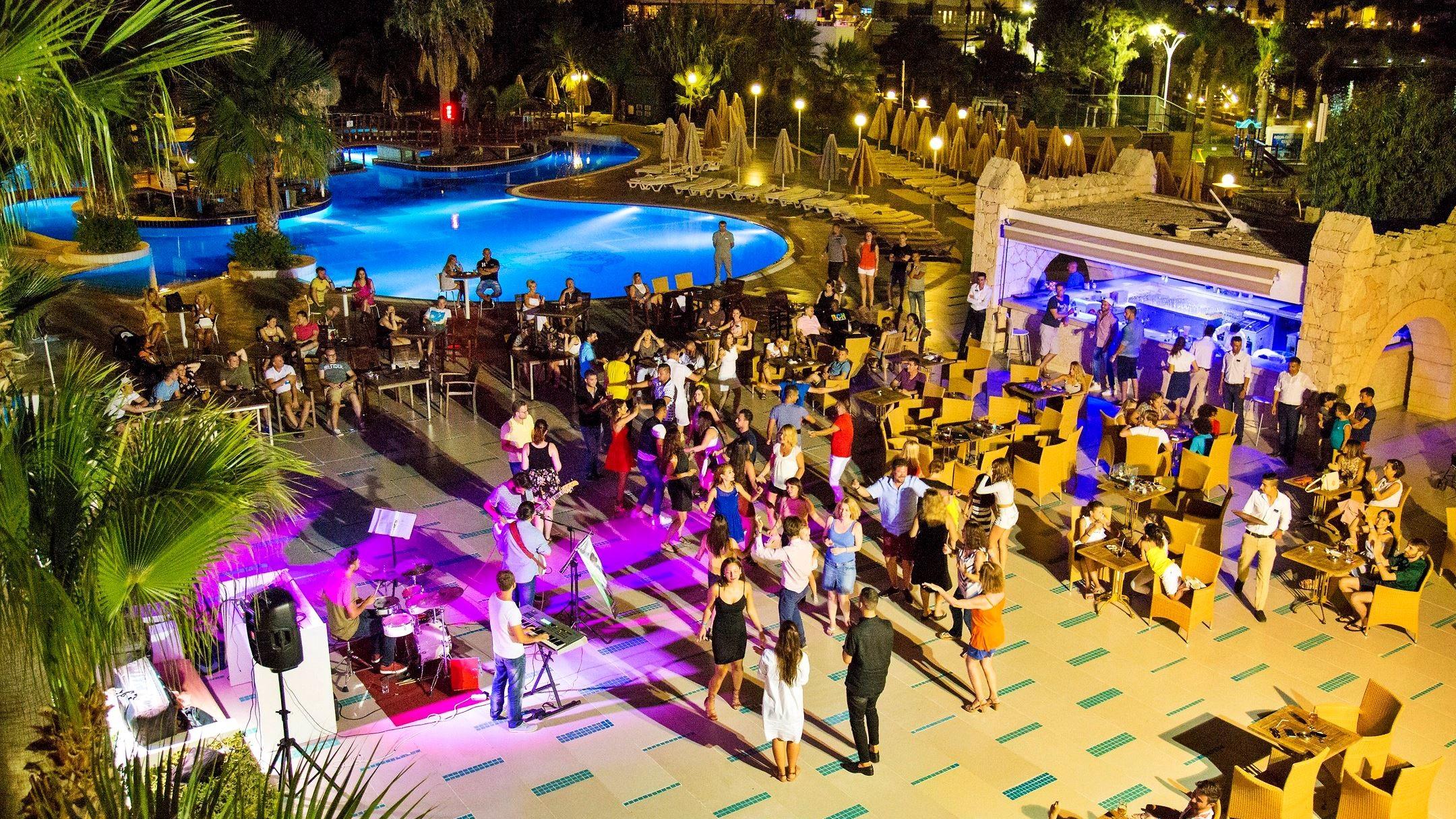 Salmakis Resort - диско