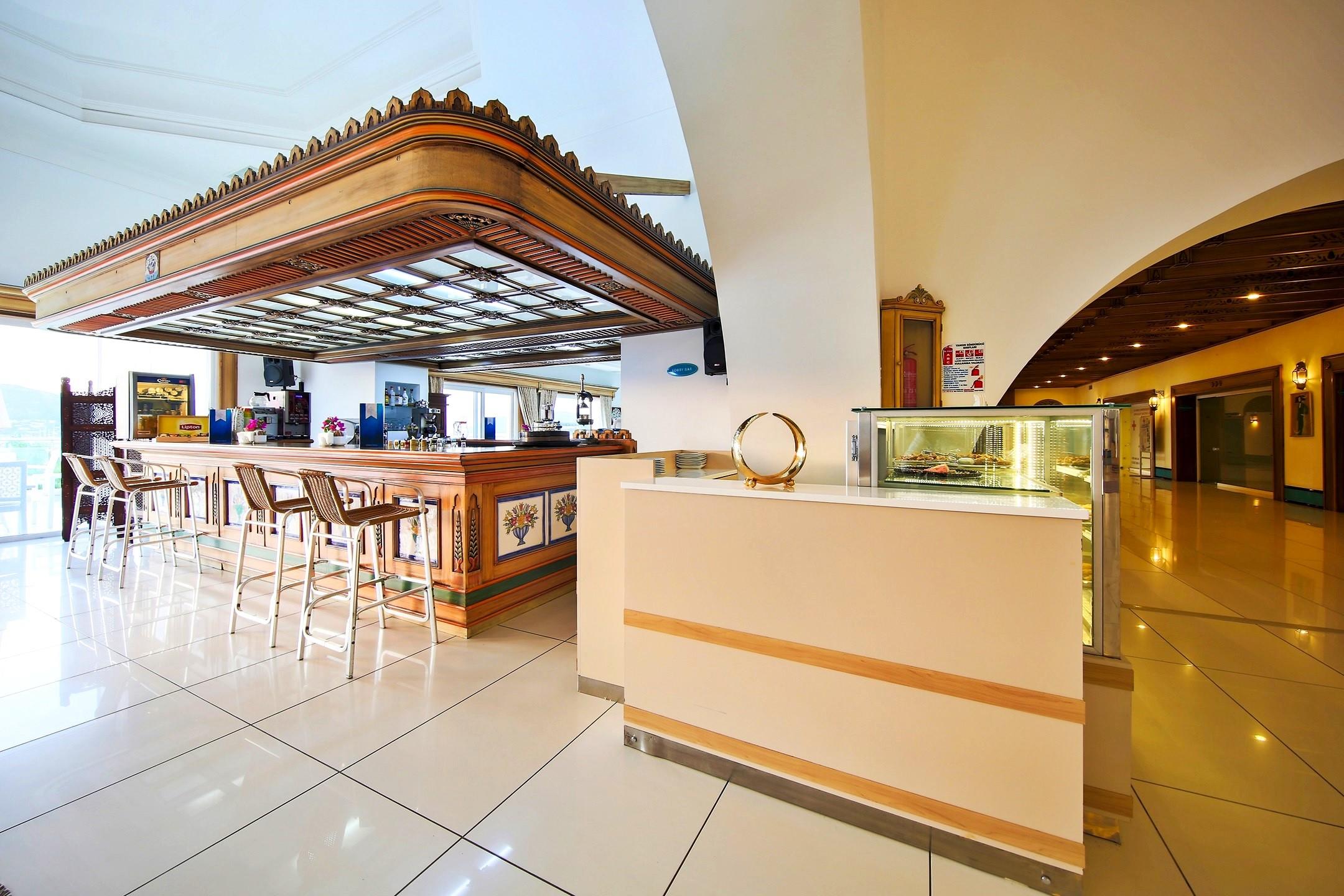 Salmakis Resort - бар