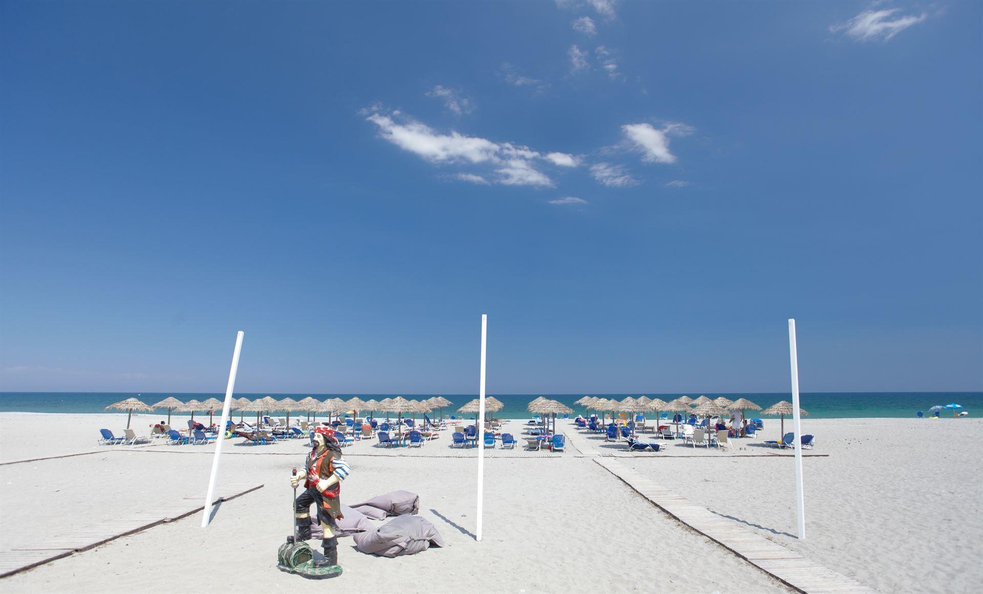 Dion Palace 5* - плаж
