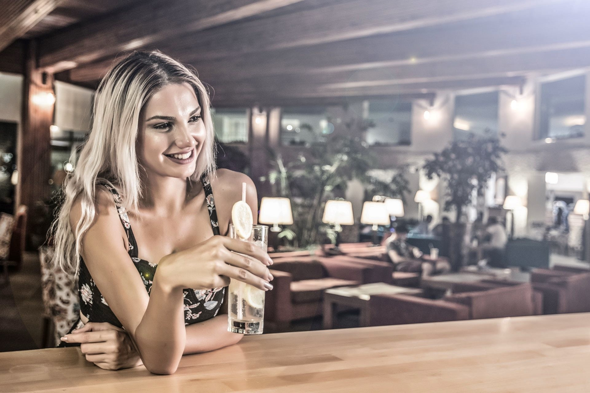 Sealight Resort Hotel - бар