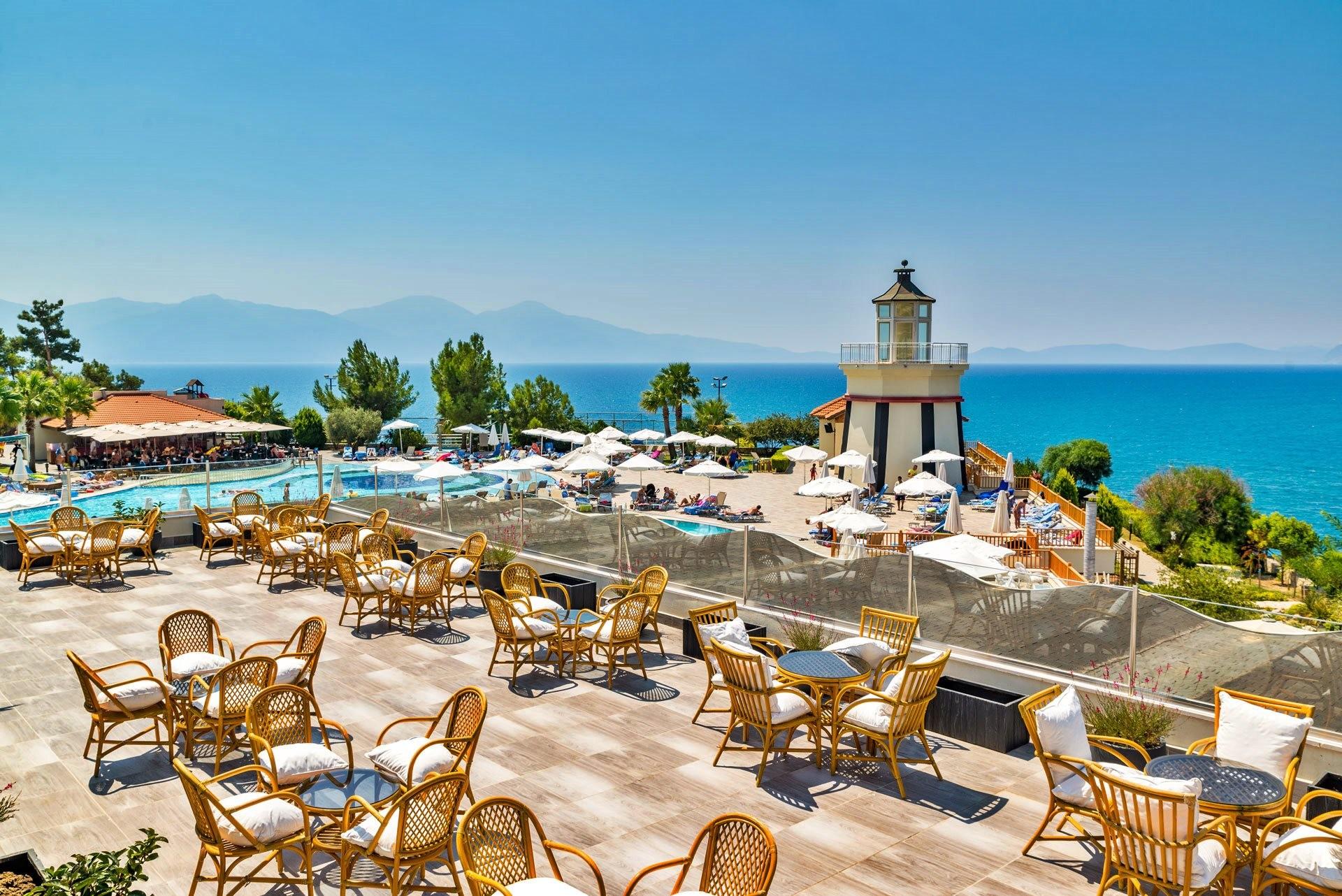 Sealight Resort Hotel - ресторант тераса