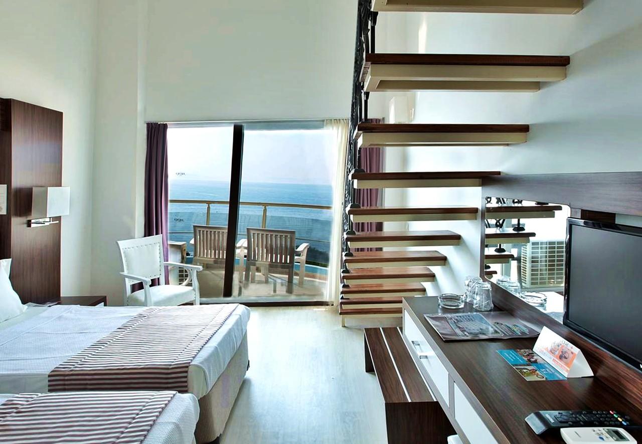 Hotel Arora 4* стая