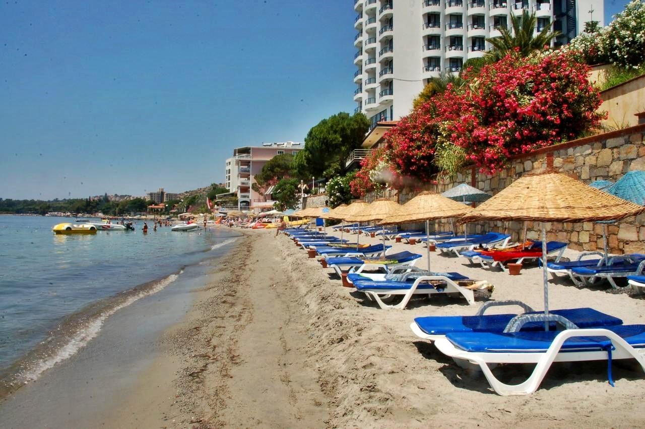 Hotel Arora 4* - плаж