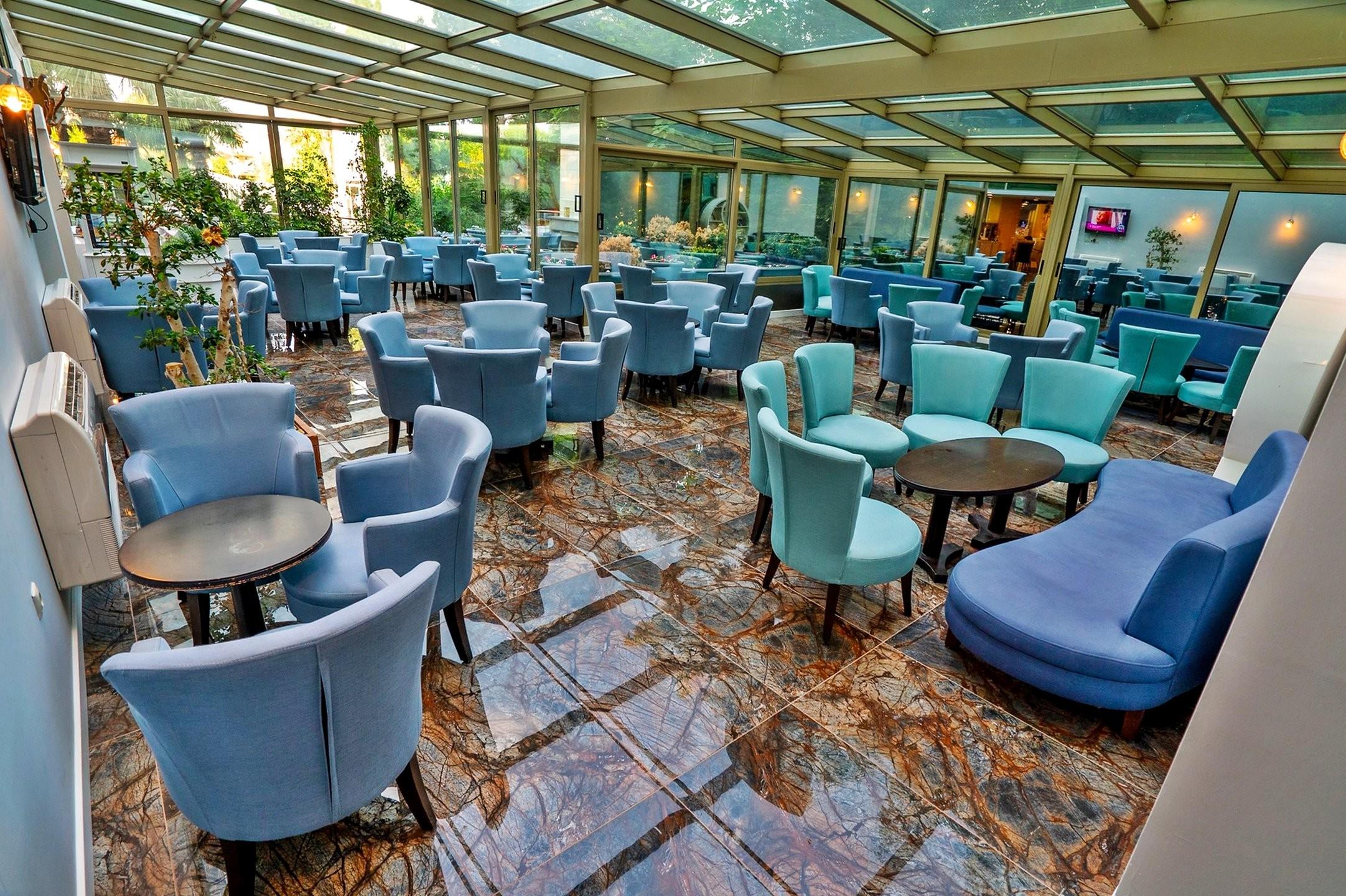 Grand Belish - бар