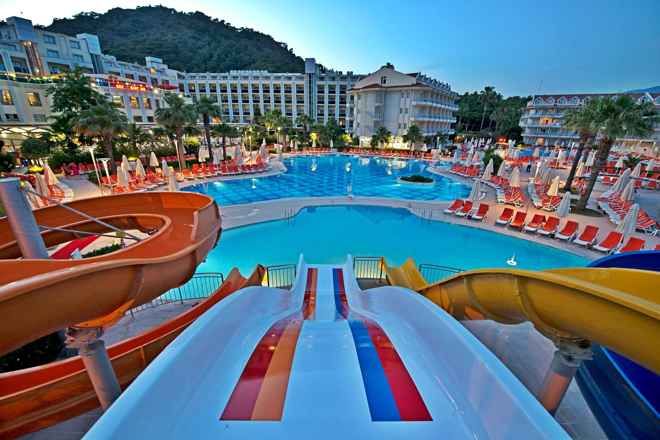 Green Nature Resort & Spa - водни пързалки