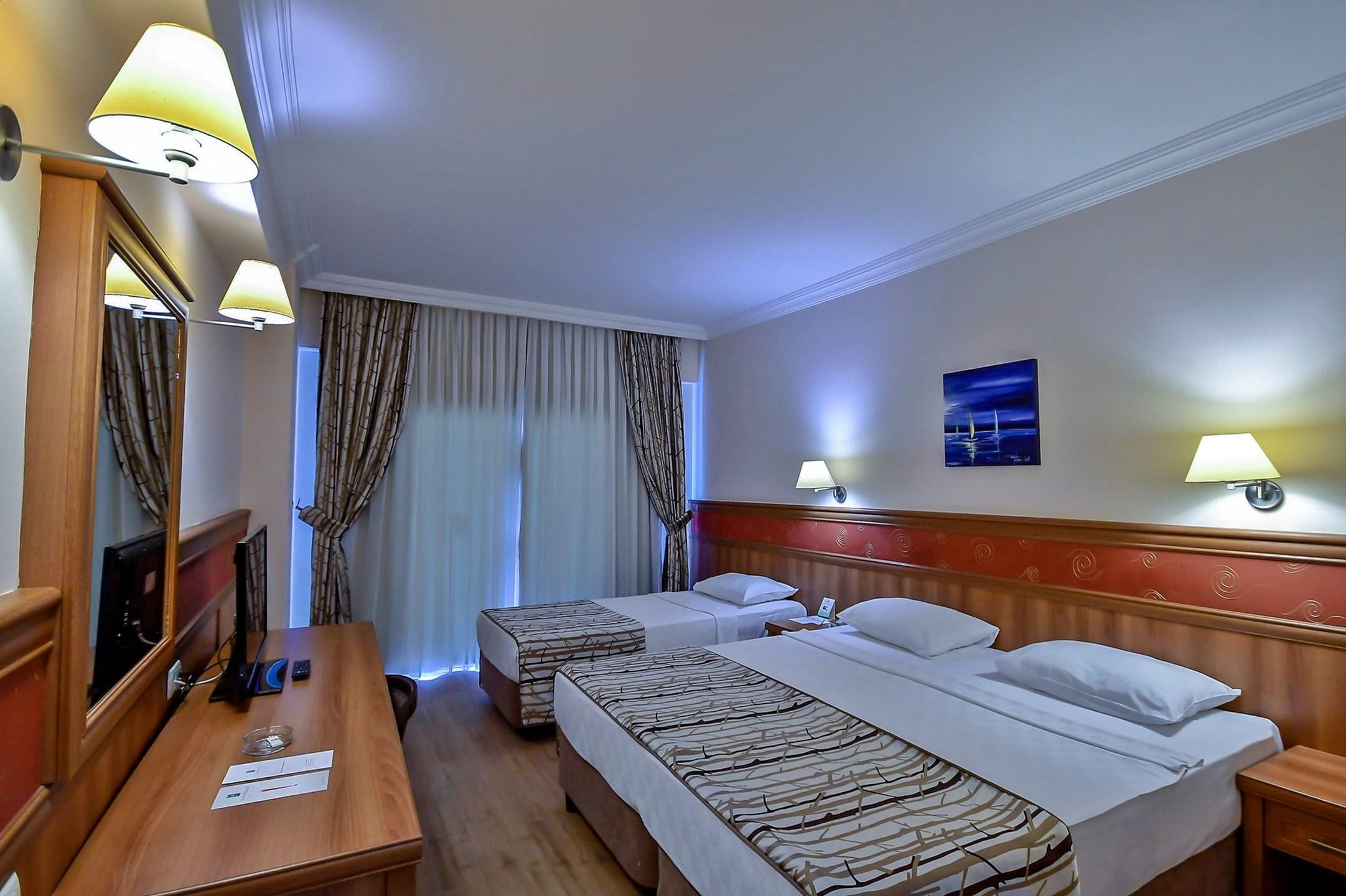 green nature resort - стая