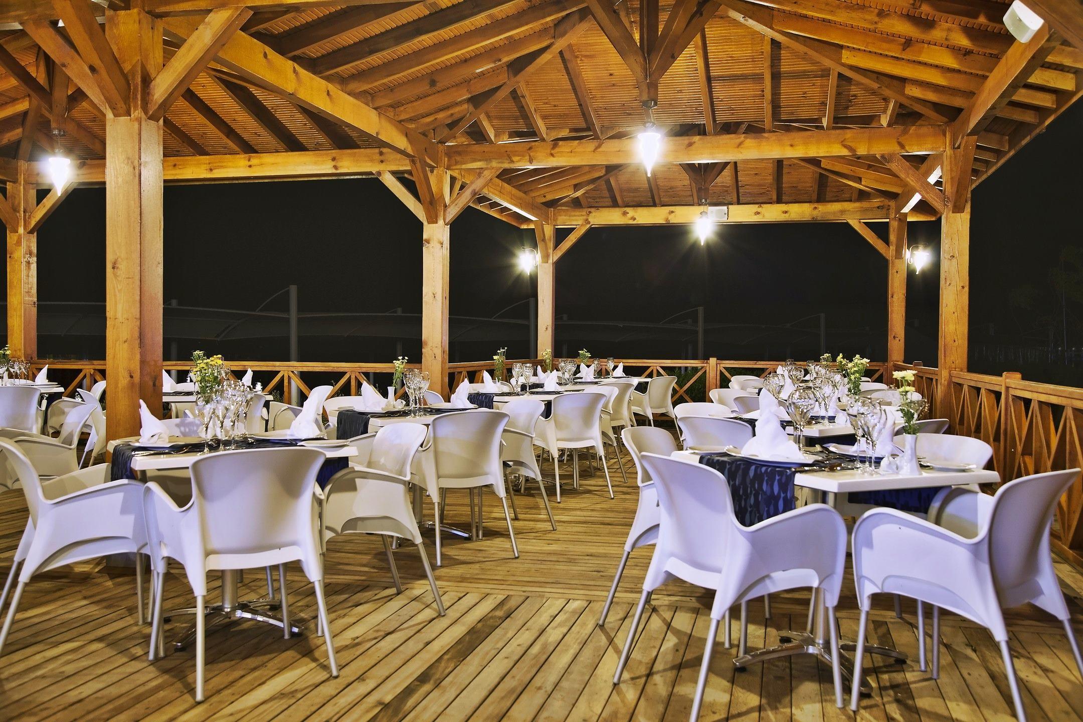 Arcanus Side Resort - ресторант