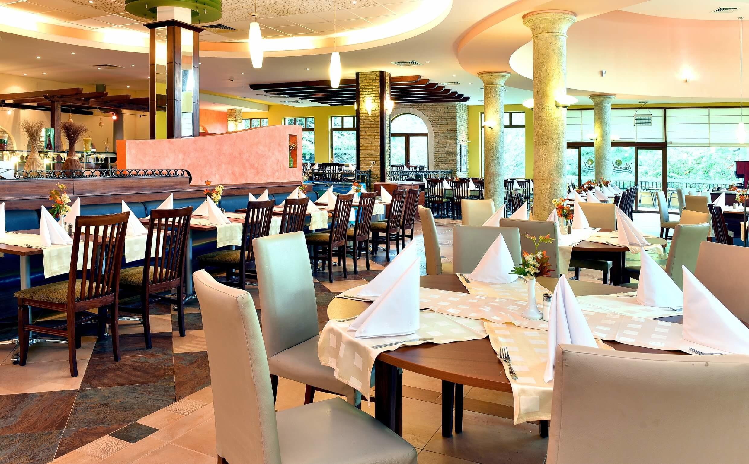 хотел Примасол Ралица Супериор - ресторант