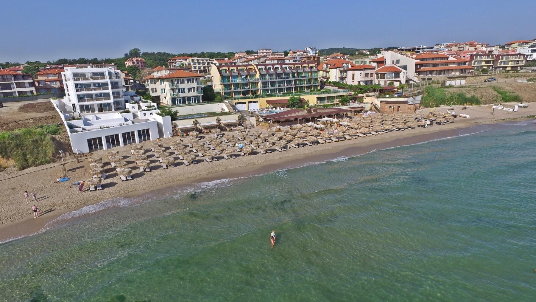 Хотел Селена Бийч 3*  - плаж