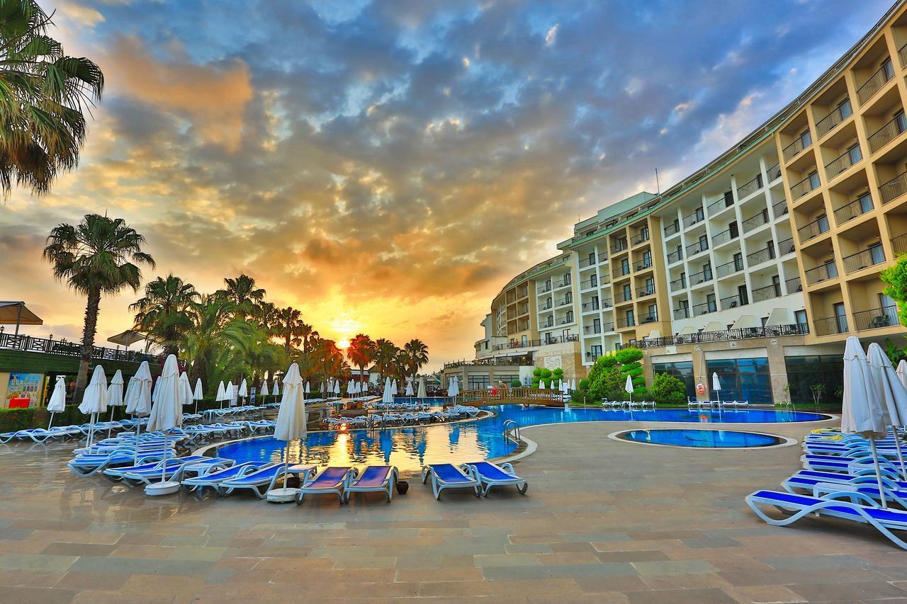 LYRA RESORT HOTEL 5* - басейн