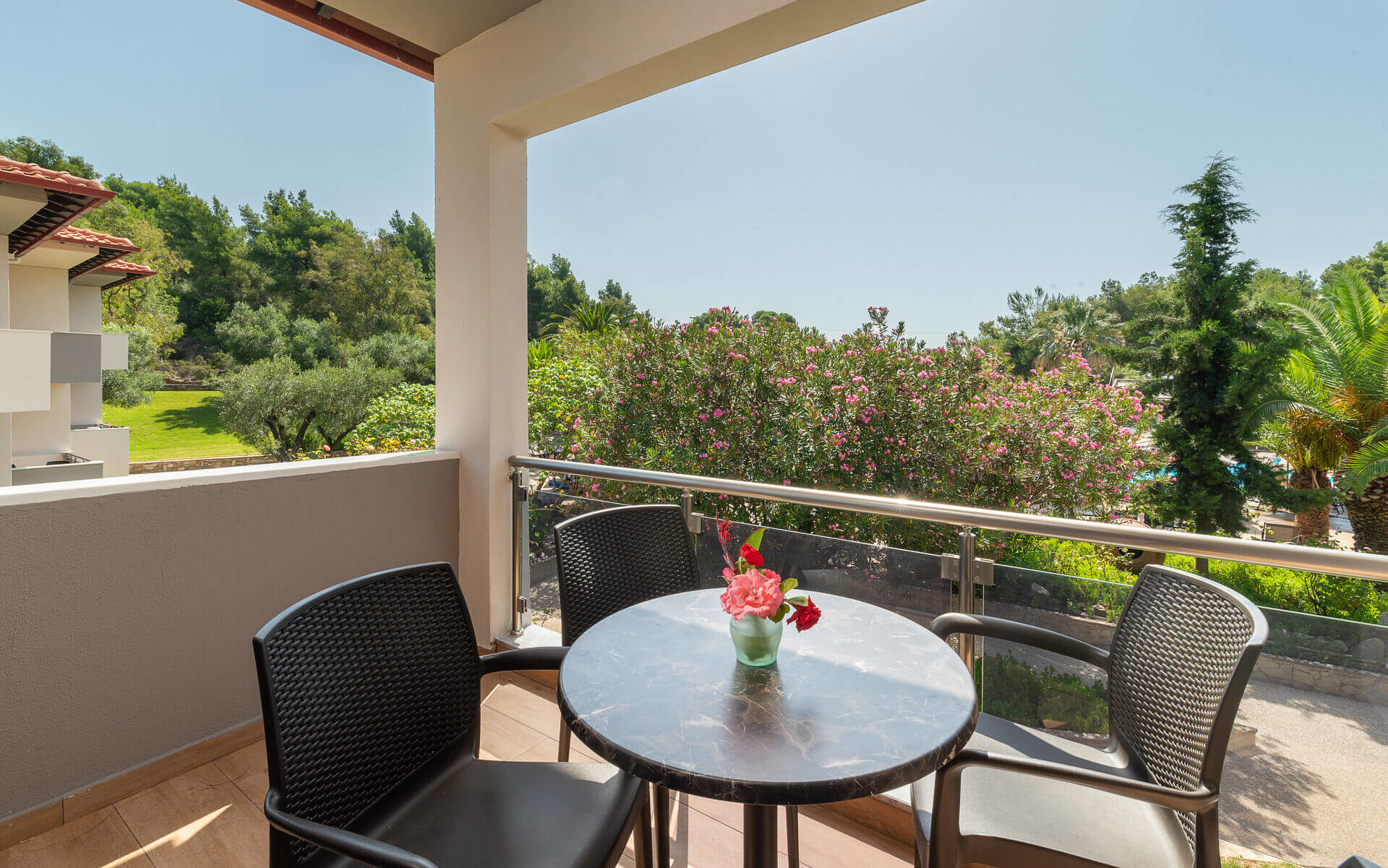Poseidon Hotel Sea Resort - тераса