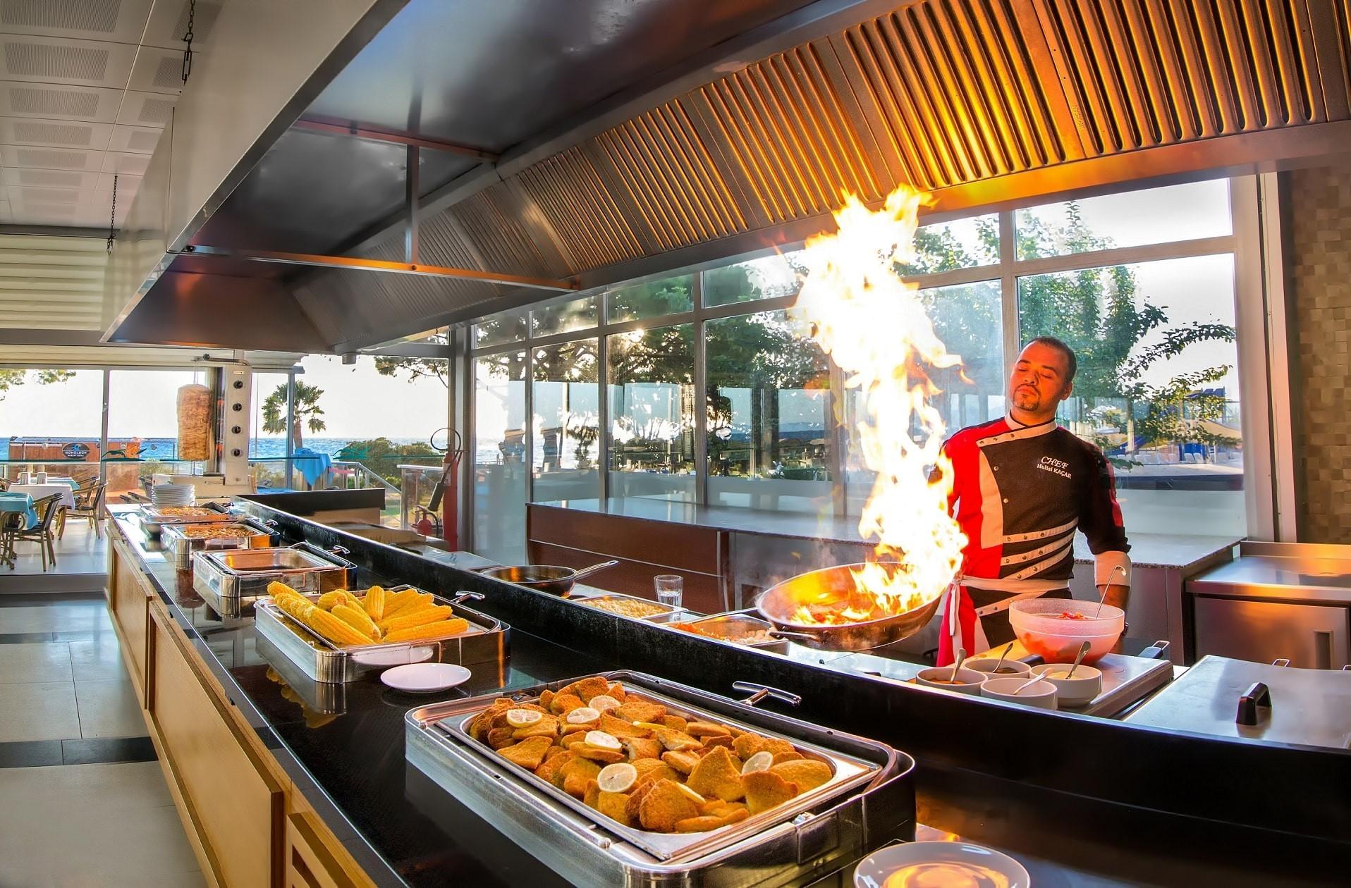 Gumuldur Resort Hotel - ресторант