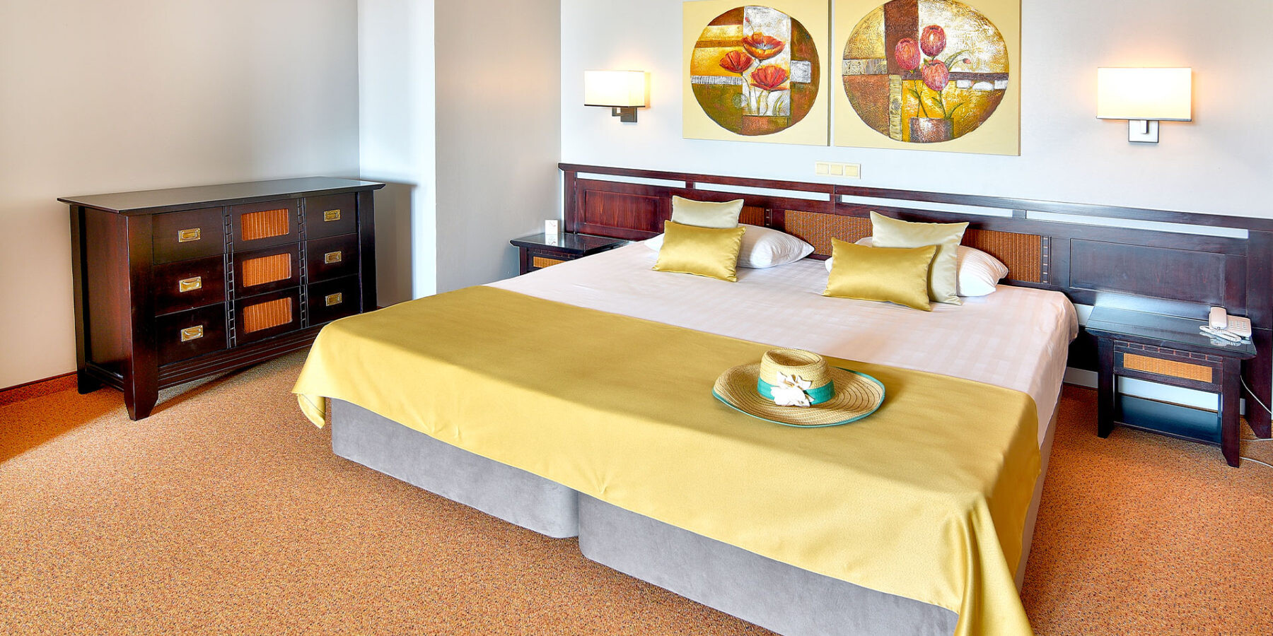 Хотел Мирамар 4* - фамилна стая