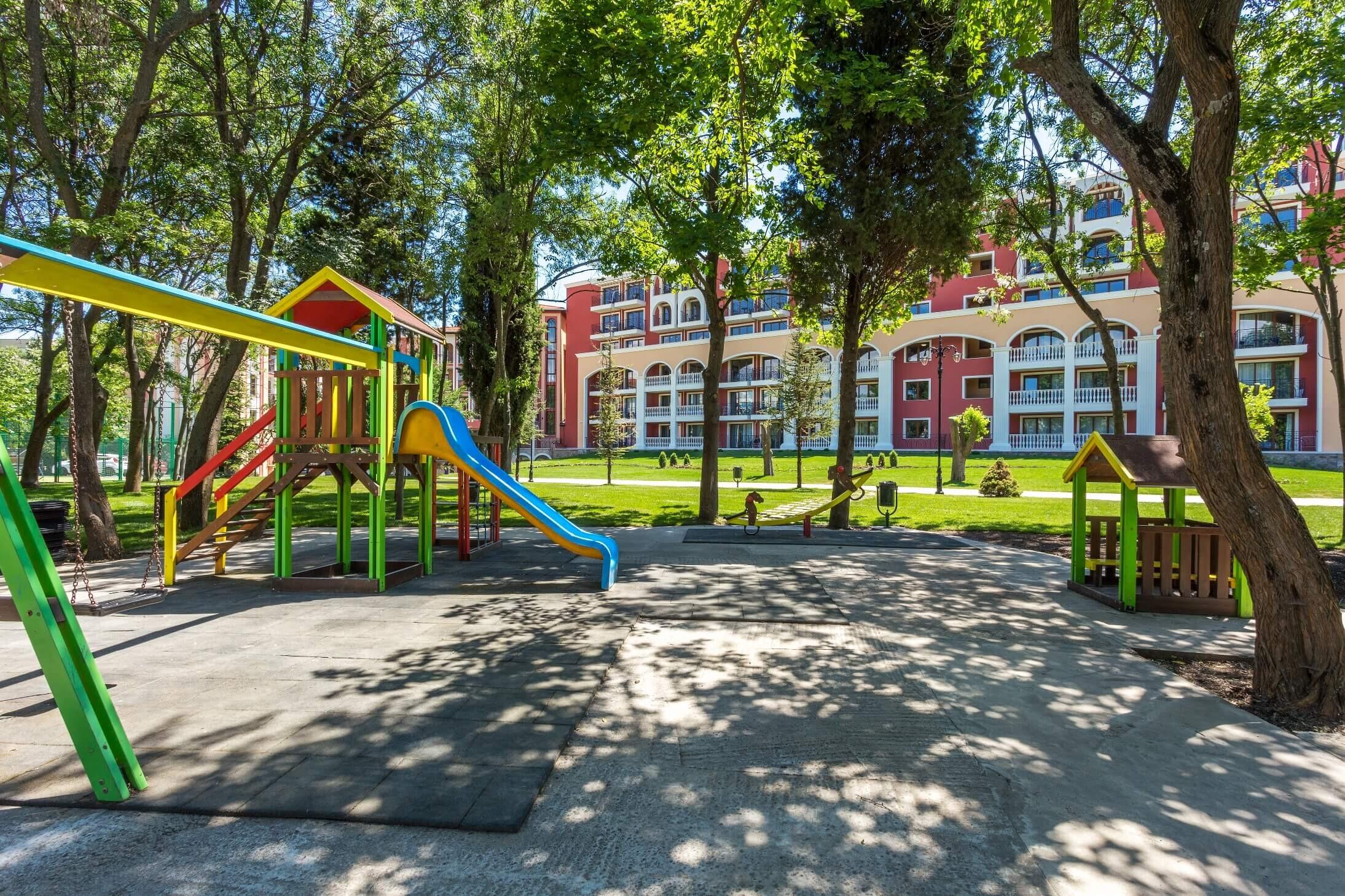 Виа Понтика - детска площадка