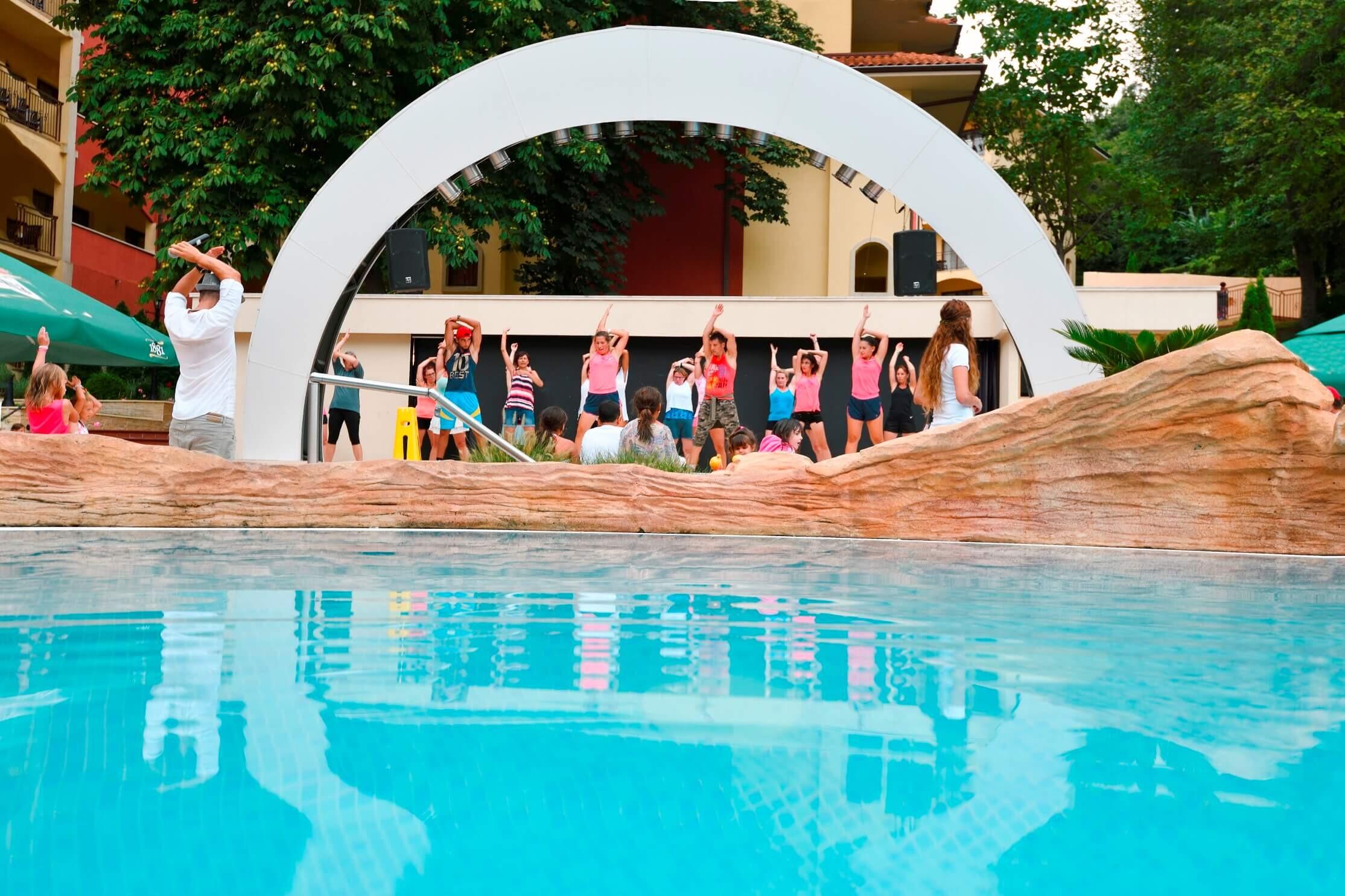 Грифид Хотел Болеро - басейн