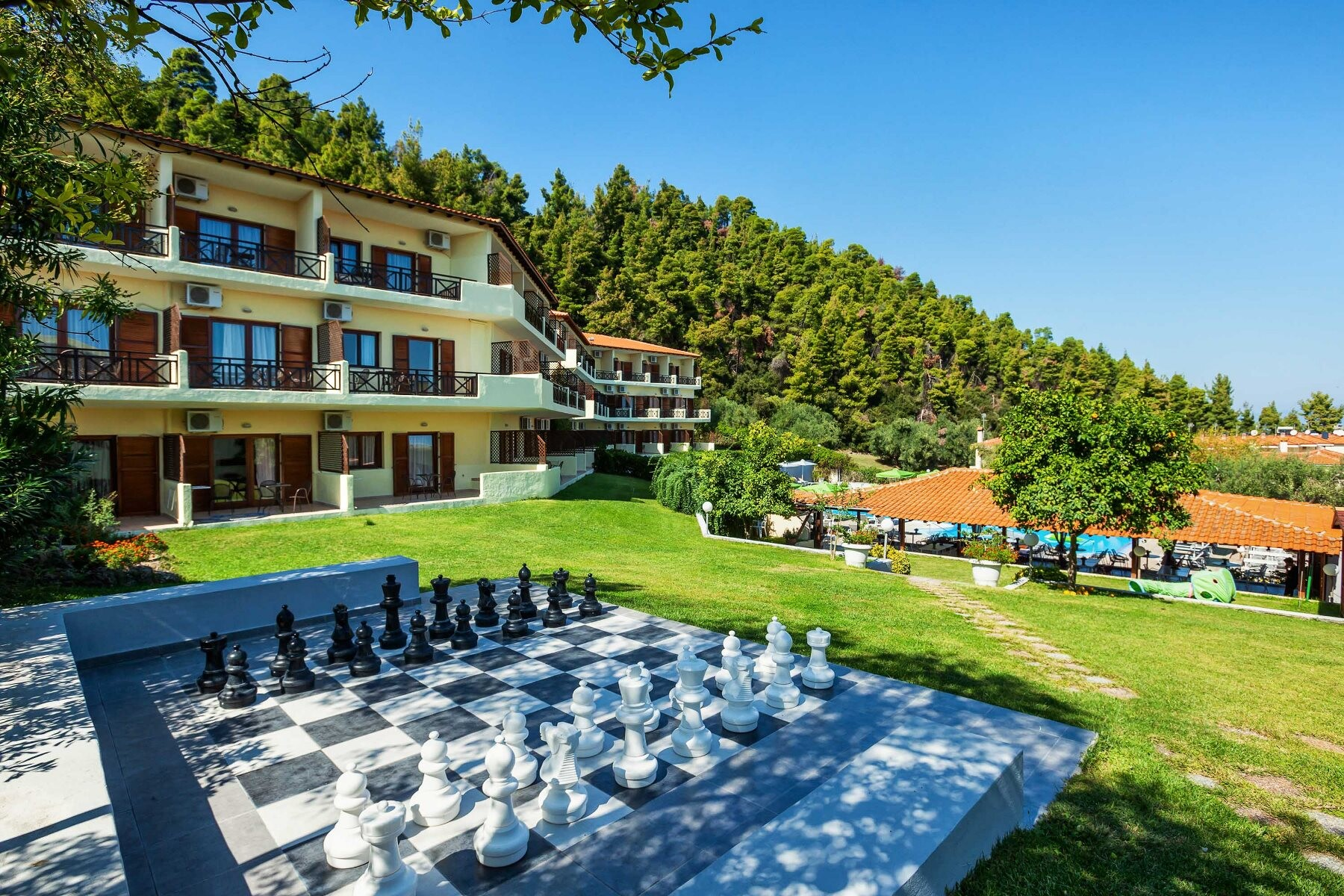 Palladium Hotel - градина