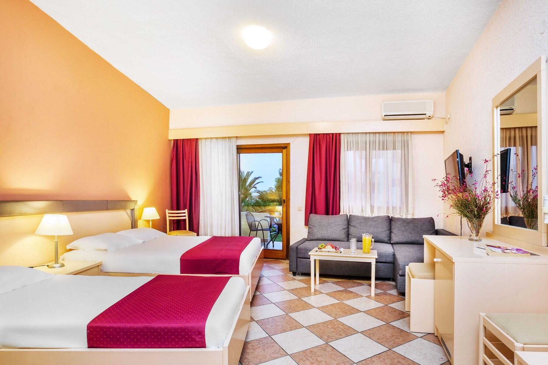 Palladium Hotel - семейна стая
