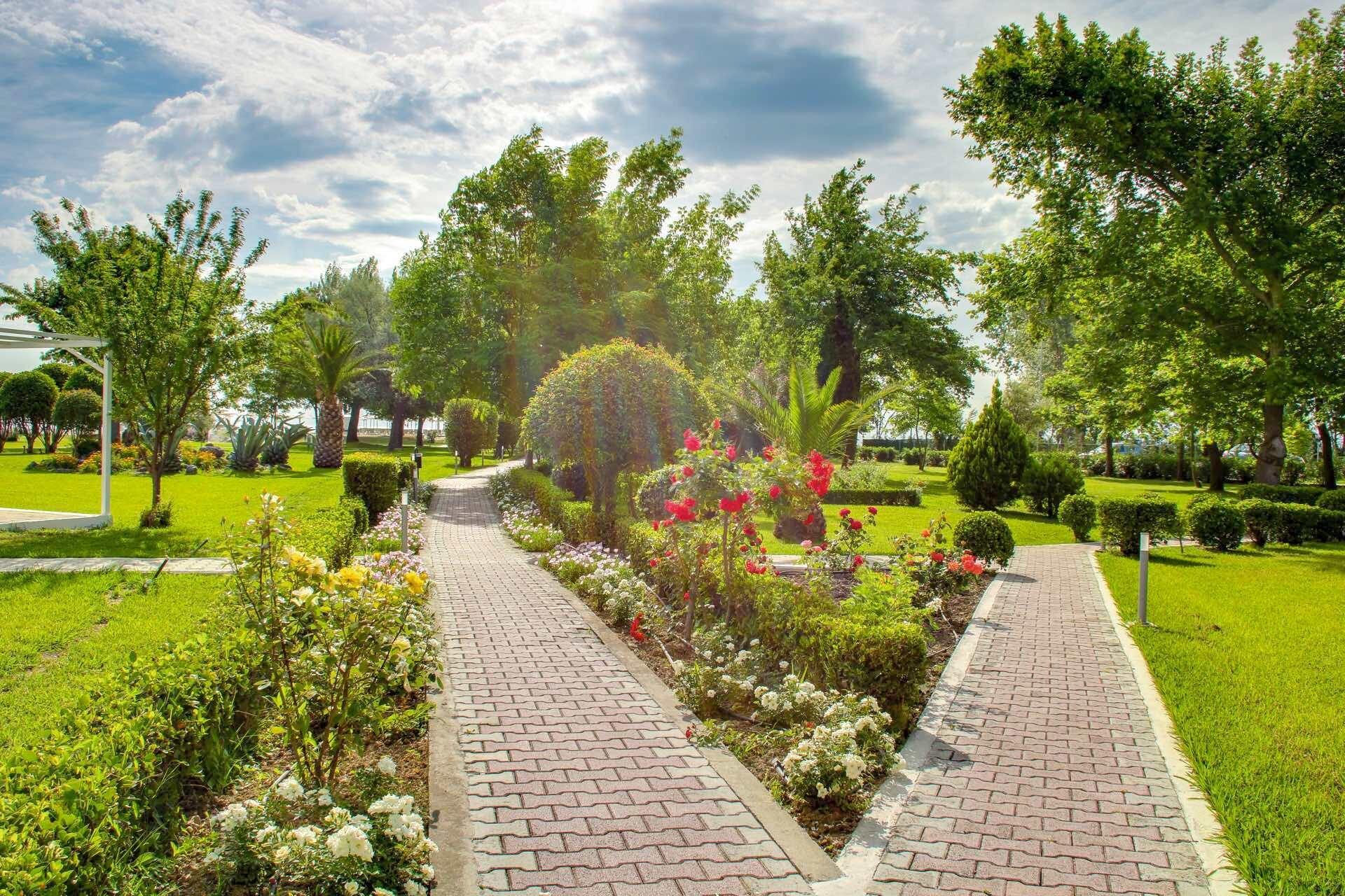 Bomo Olympus Grand Resort - градина